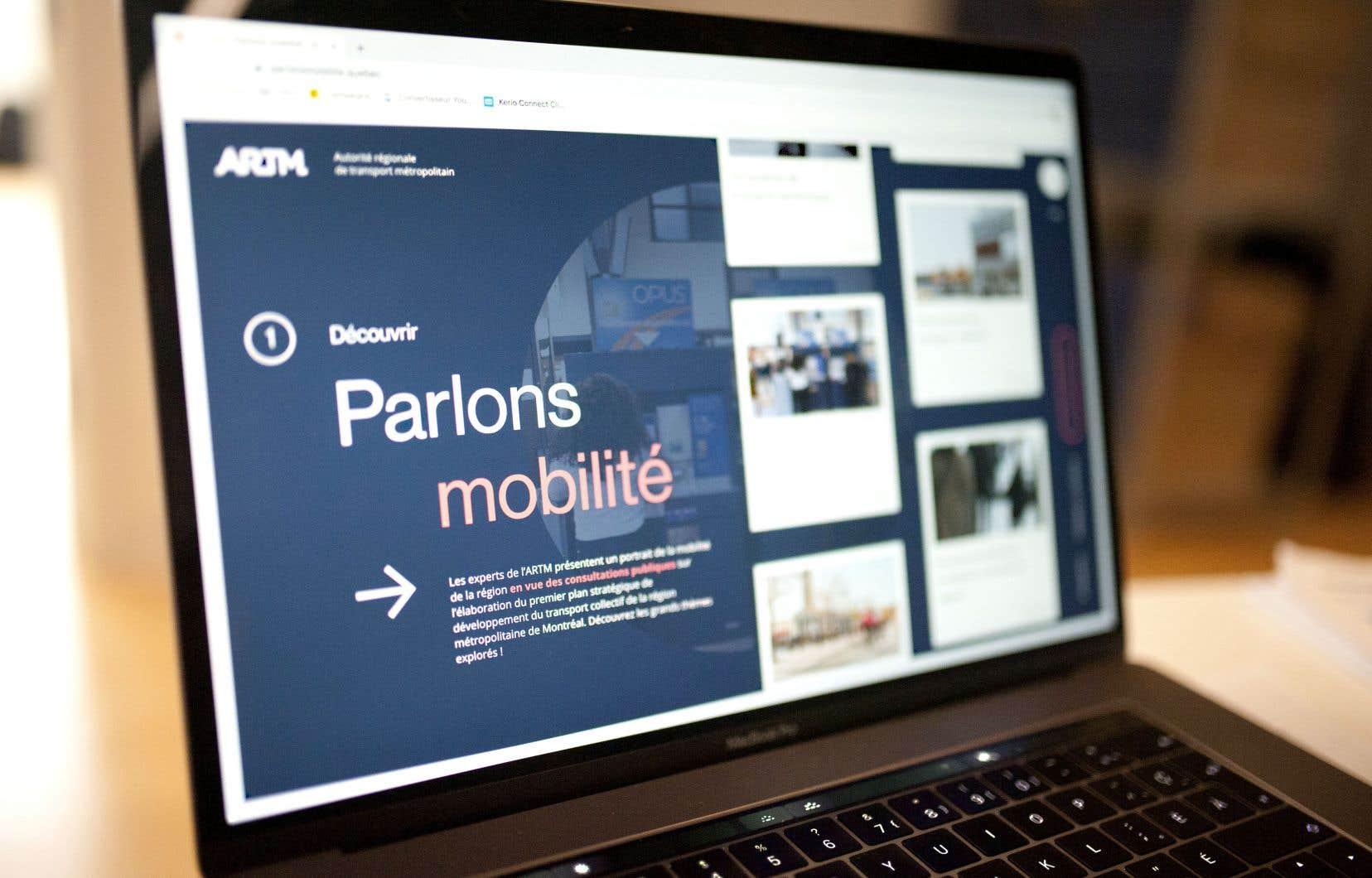 La plateforme Web «Parlons mobilité» a été lancée le 23 janvier dernier afin d'impliquer les citoyens, la société civile, les organismes de transport et les acteurs municipaux dans l'élaboration du plan stratégique de développement du transport collectif pour les trente prochaines années.