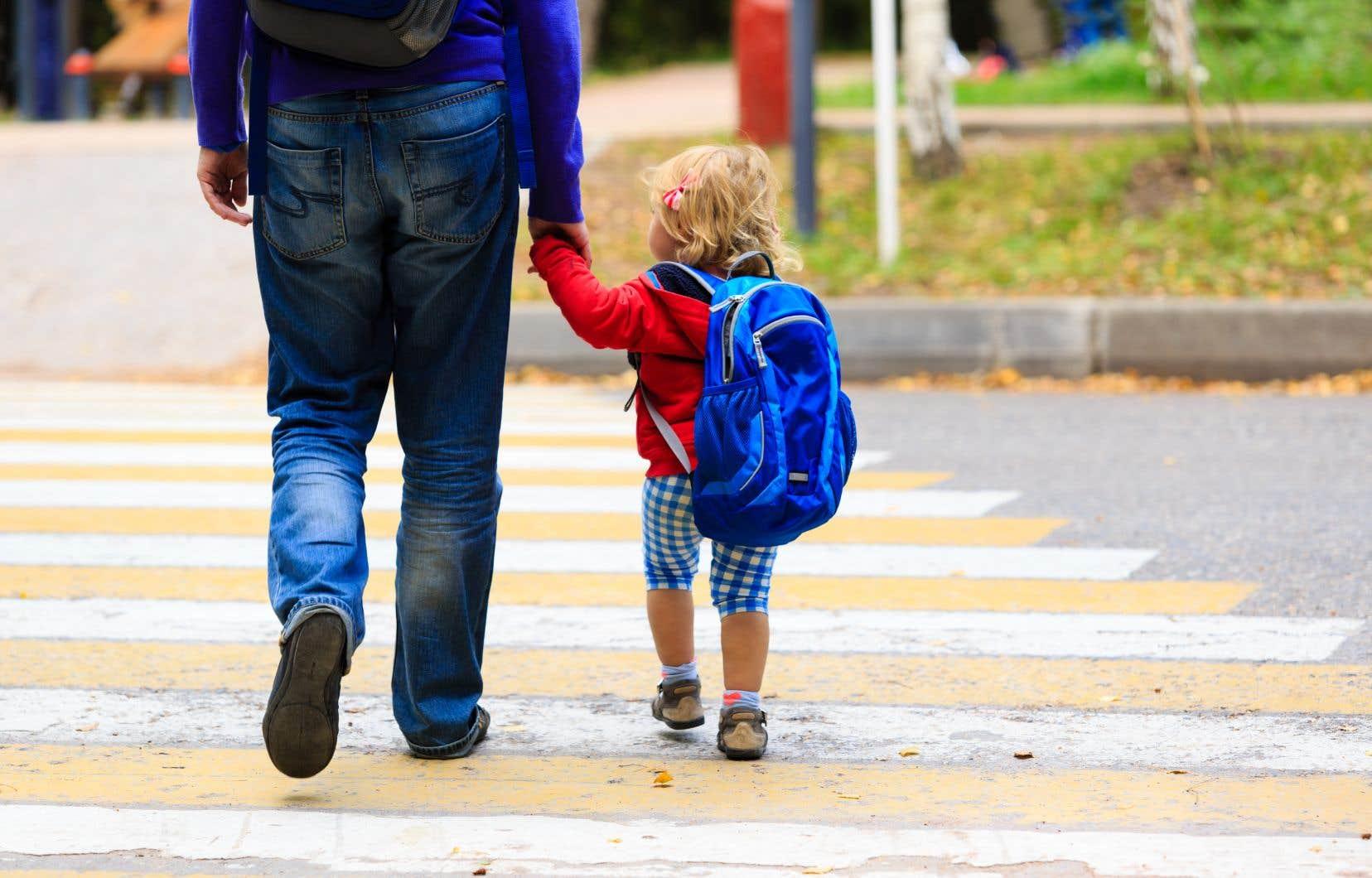 «La maternelle 4ans n'est pas un modèle à portée universelle. Elle ne remplace pas le magnifique travail accompli dans les CPE où se détectent, bien avant 4ans, d'éventuelles carences», juge l'ex-ministre de l'Éducation.