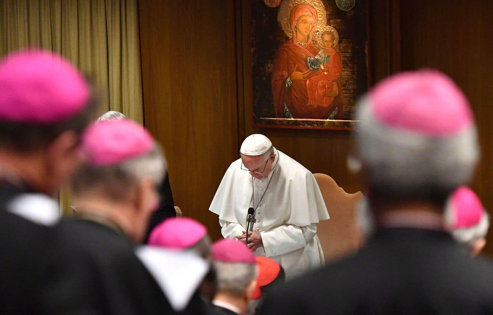 Un document répertoriant 21points de réflexion a été présenté jeudi par le pape à l'assemblée composée de hauts dirigeants de l'Église catholique.