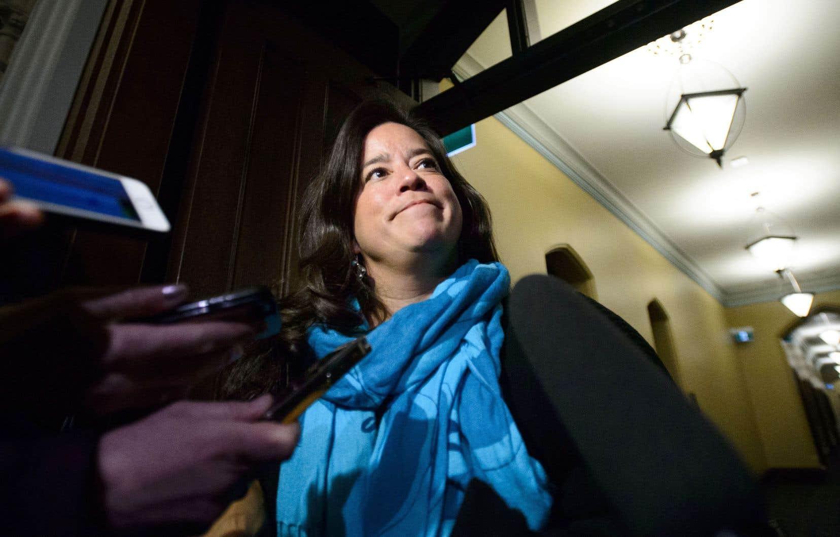 La question de la confidentialité s'avère complexe dans le cas de Jody Wilson-Raybould, puisqu'elle portait à la fois les chapeaux de ministre de la Justice et de procureure générale du Canada.