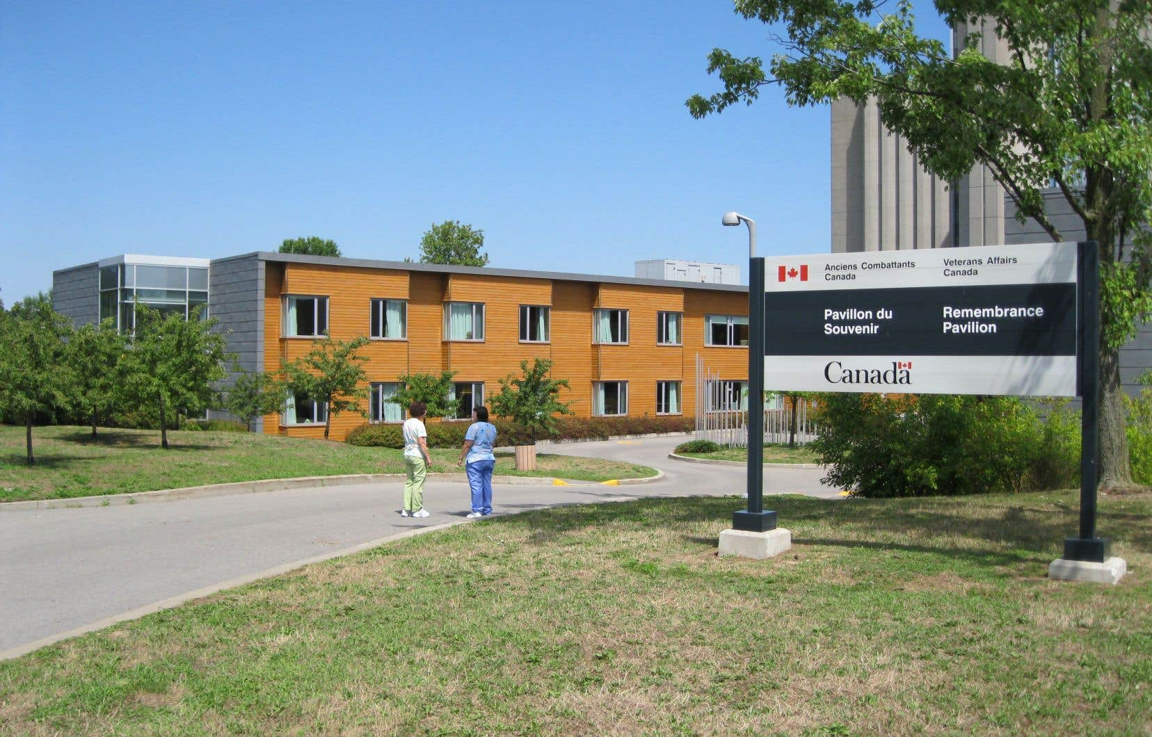 L'hôpital Sainte-Anne était le dernier établissement communautaire pour anciens combattants de compétence fédérale avant d'être cédé à Québec.