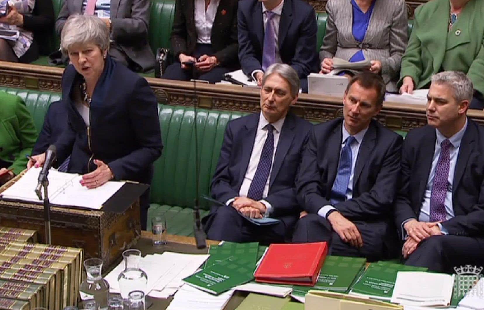 Plusieurs ministres du gouvernement de Theresa May ont menacé de démissionner ces derniers jours si le risque d'une sortie sans accord se concrétisait.