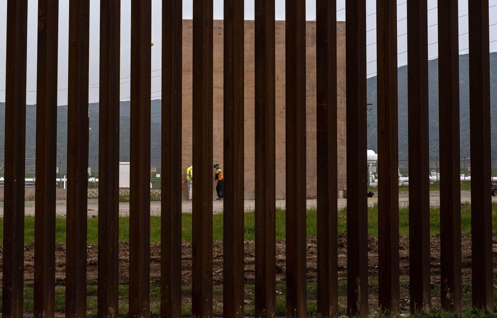 Donald Trump a déclaré l'«urgence nationale» le 15 février pour financer la construction de son mur anti-immigration clandestine.