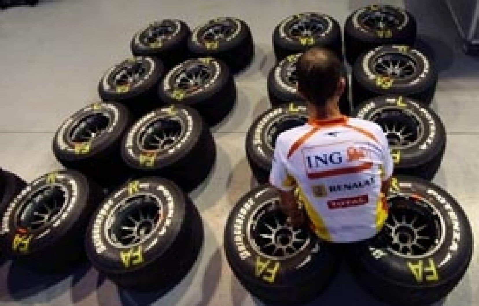 Renault a l'intention de rester en Formule 1 malgré la tricherie pour laquelle son écurie a été condamnée lundi par le Conseil mondial de la Fédération internationale de l'automobile.