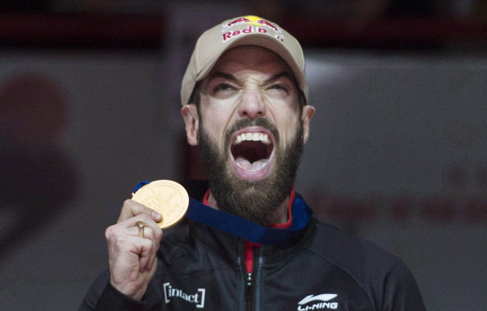 Charles Hamelin a remporté le titre mondial en mars dernier à Montréal.