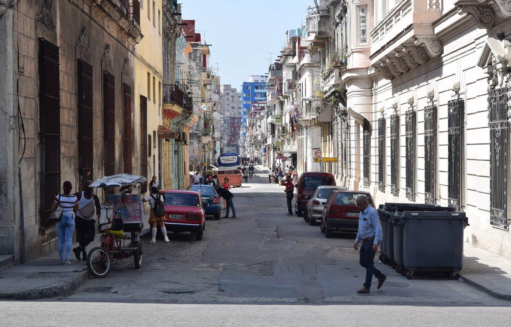 La Maison-Blanche doit signaler, d'un jour à l'autre, si elle entend activer pleinement une ancienne loi adoptée en 1996 pour resserrer l'embargo économique américain contre Cuba.