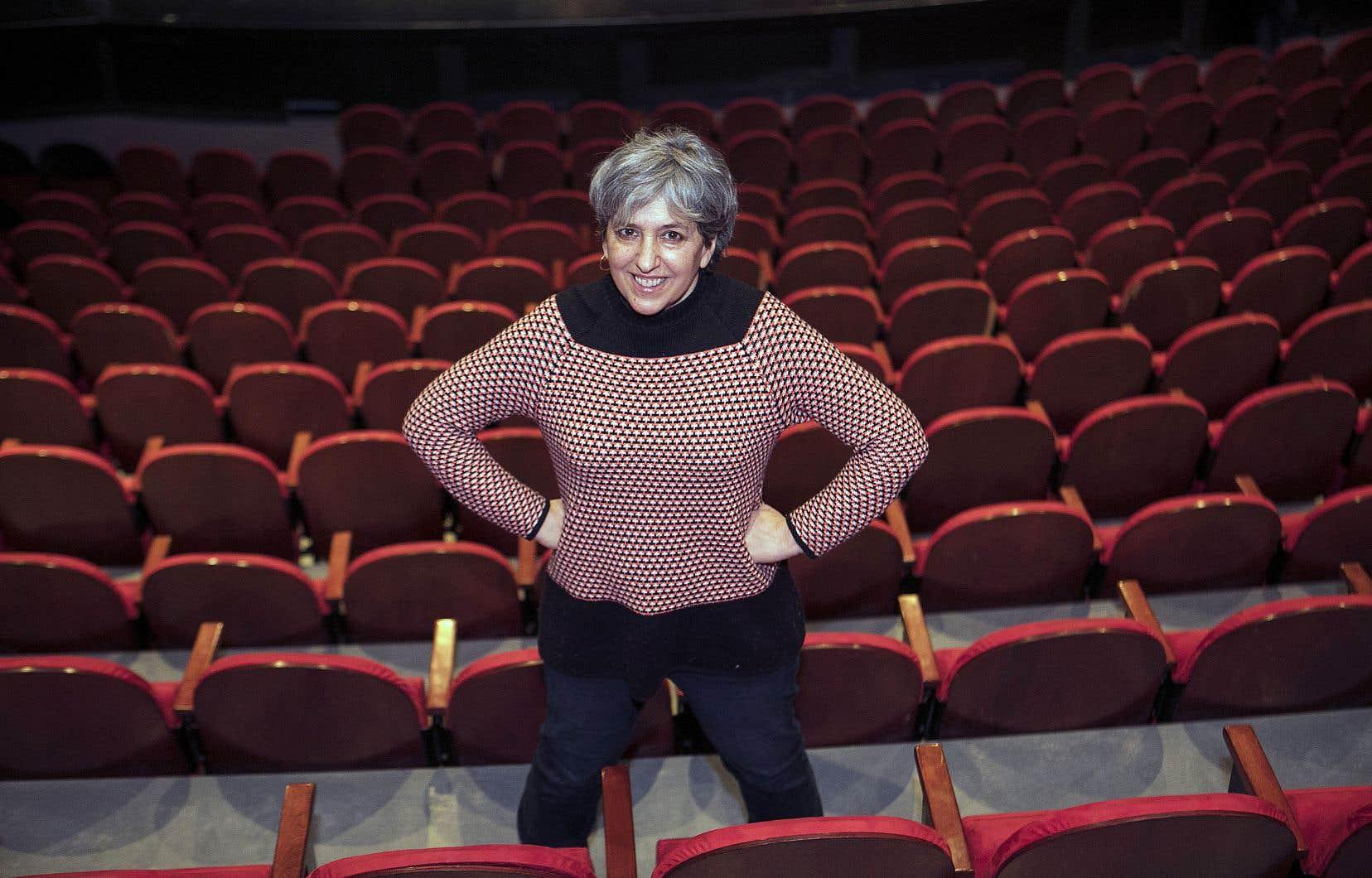 C'est avec un spectacle aux allures de comédie musicale faite de paroles, de chansons et d'humour que Nathalie Derome s'adresse aux enfants.