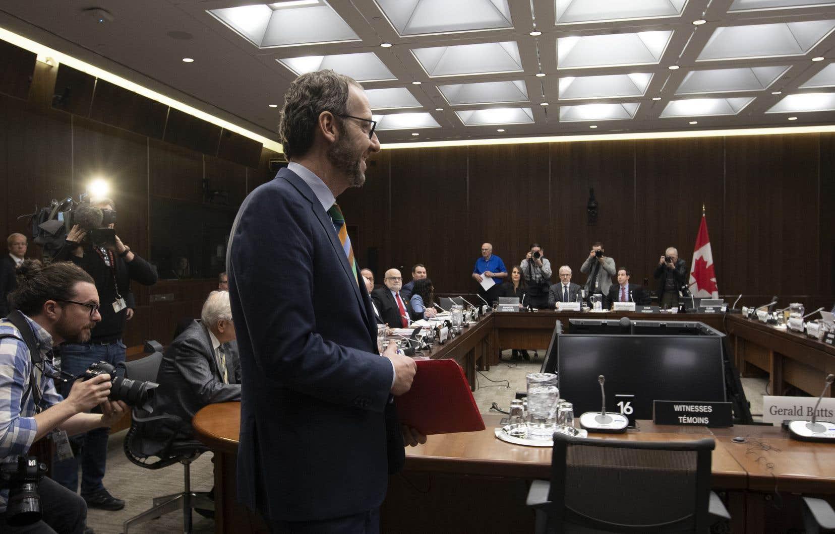 L'ex-bras droit de Justin Trudeau, Gerald Butts, à son arrivée devant le comité permanent de la Justice de la Chambre des communes