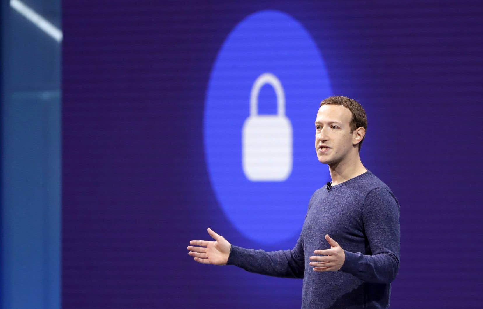 Pour Mark Zuckerberg,Facebook doit devenir une plateforme plus unifiée, «plus simple», et plus centrée sur les échanges privés.