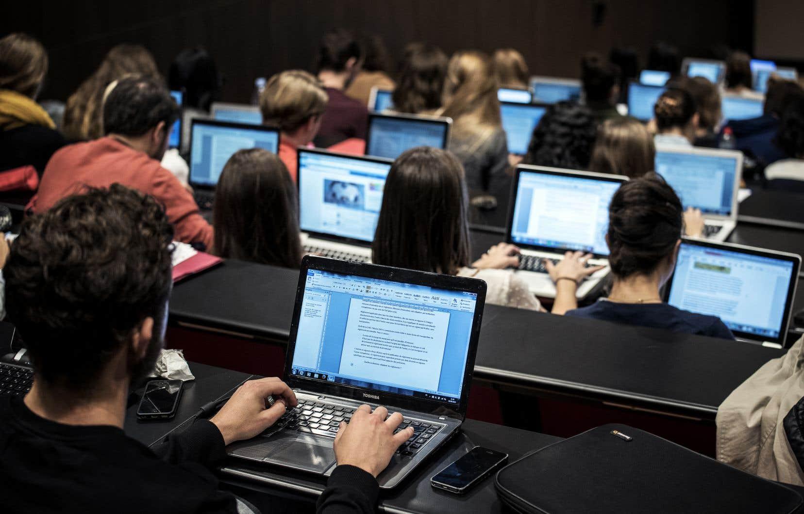 Le projet de loi 9 envoie un très mauvais signal aux étudiants étrangers qui doivent déjà composer avec la déréglementation des droits de scolarité.