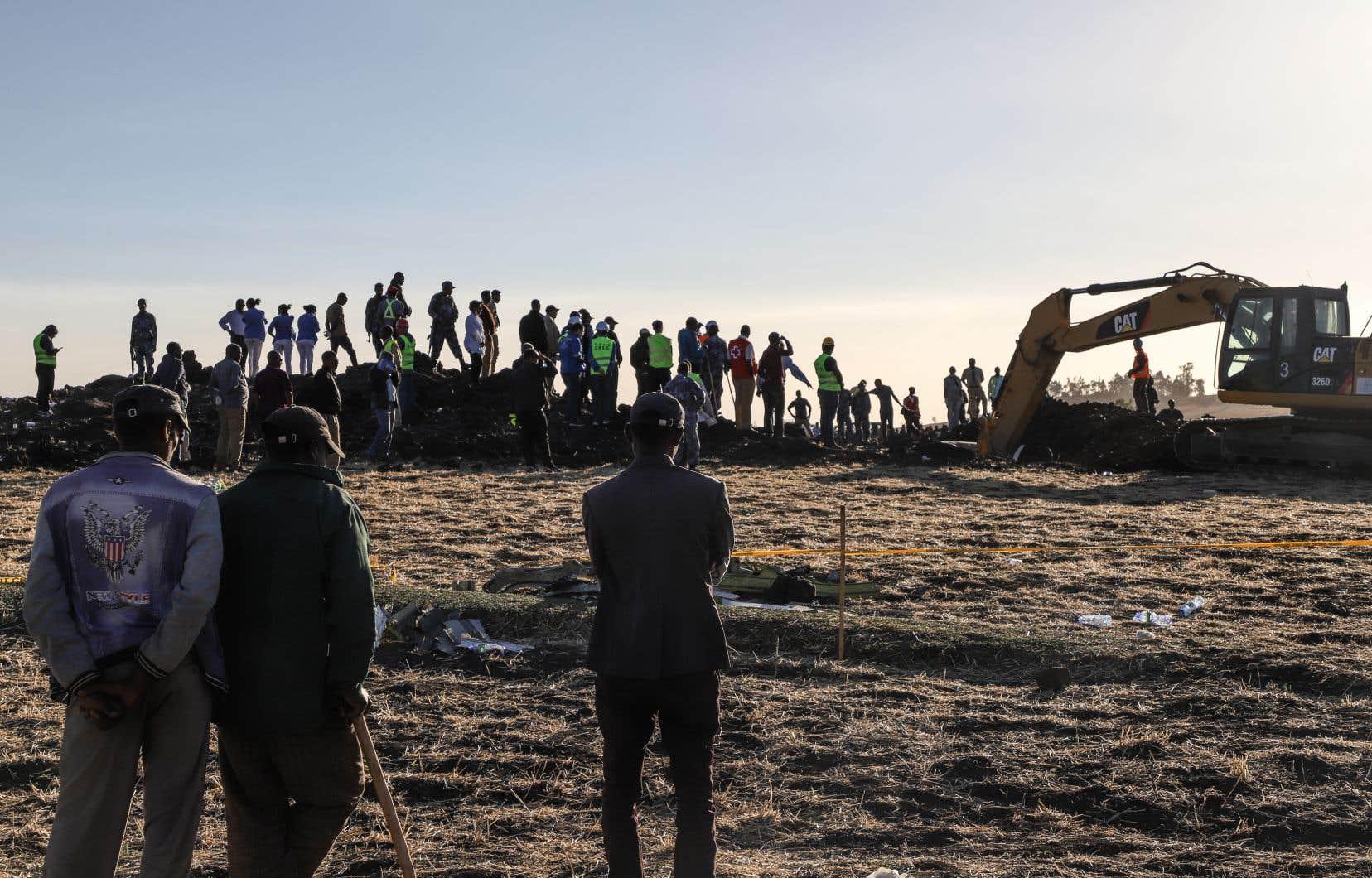 Dix-huit Canadiens sont morts lorsqu'un avion d'Ethiopian Airlines s'est écrasé peu après le décollage de l'aéroport international de Bole, à Addis-Abeba.