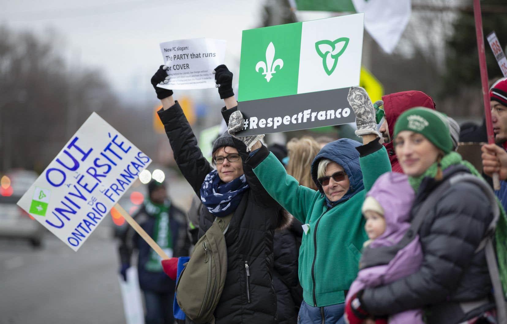 Le sort des minorités francophones au Canada est revenu au-devant de la scène ces derniers mois, à la suite, notamment, de la décision du gouvernement conservateur ontarien d'abolir le Commissariat aux services en français et d'abandonner le projet de création de l'Université de l'Ontario français.