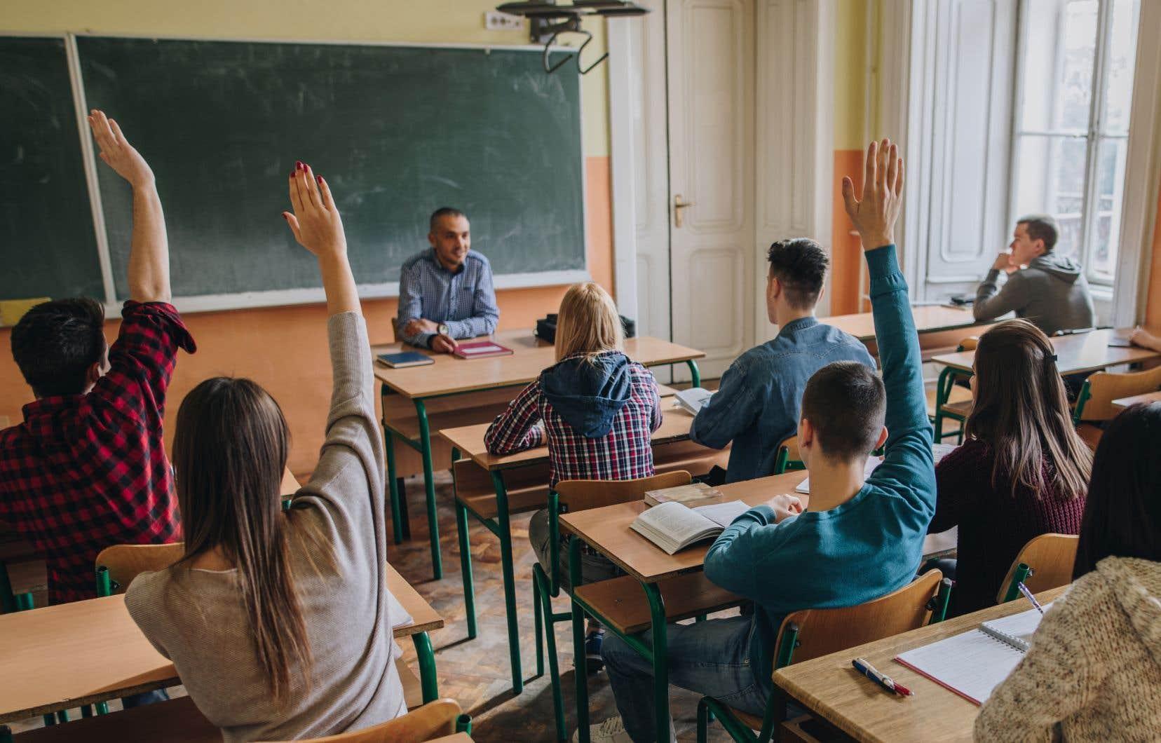 Les systèmes d'éducation les plus performants mélangent dans les mêmes classes les élèves riches, pauvres, qui ont les meilleurs et les moins bons résultats.