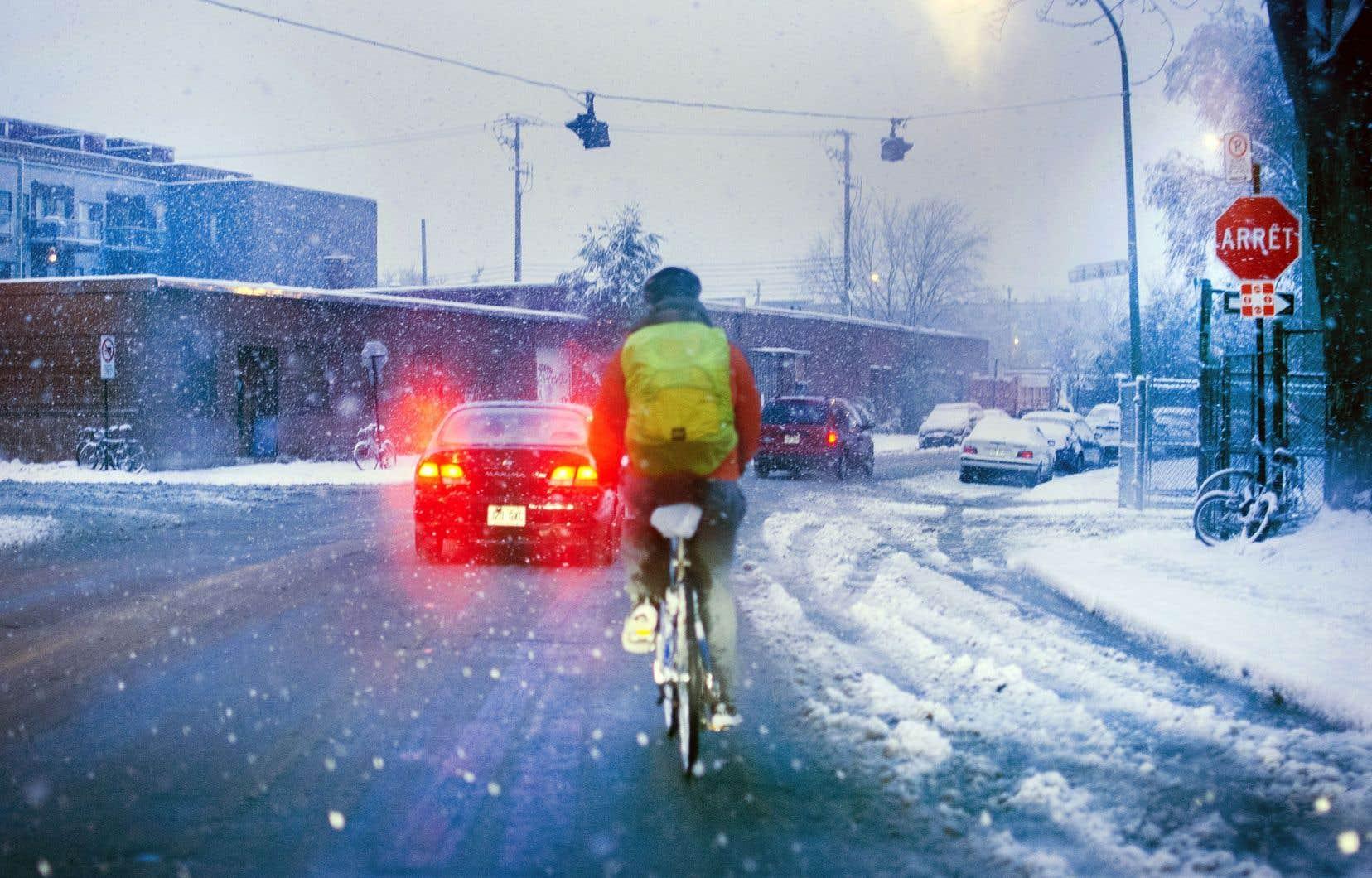 L'approche Vision zéro prône l'implantation de mesures pour protéger les plus vulnérables de la route, soit les piétons et les cyclistes.