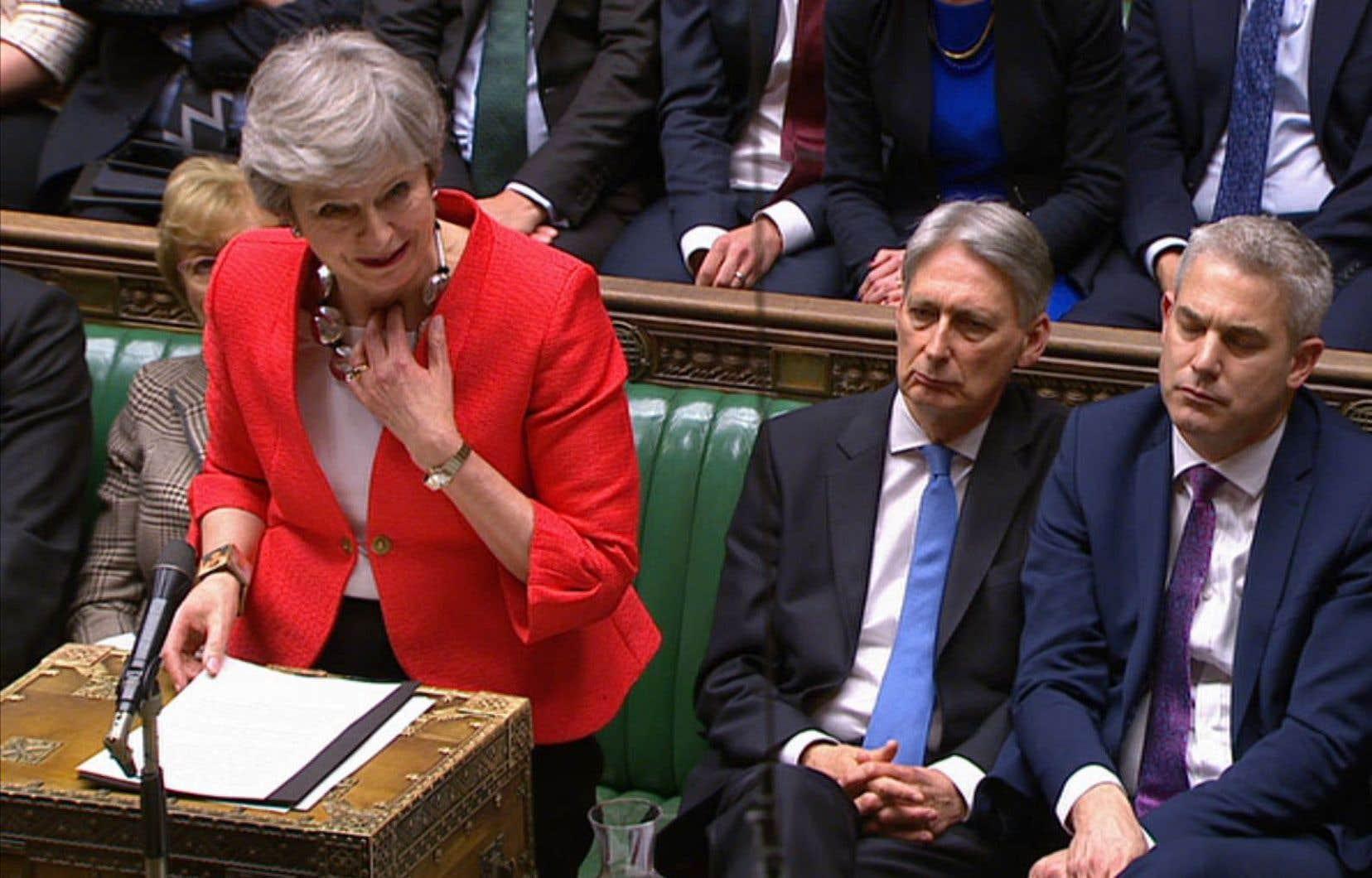 «Je regrette profondément la décision qui a été prise par le Parlement [mardi]», a dit Theresa May à l'issue du vote.