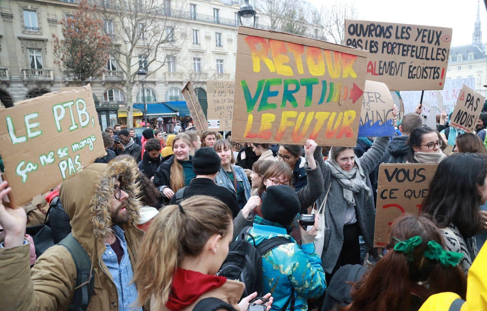 Le mouvement de grève pour le climat qui atteint maintenant le Québec s'est propagé en Europe ces derniers mois.
