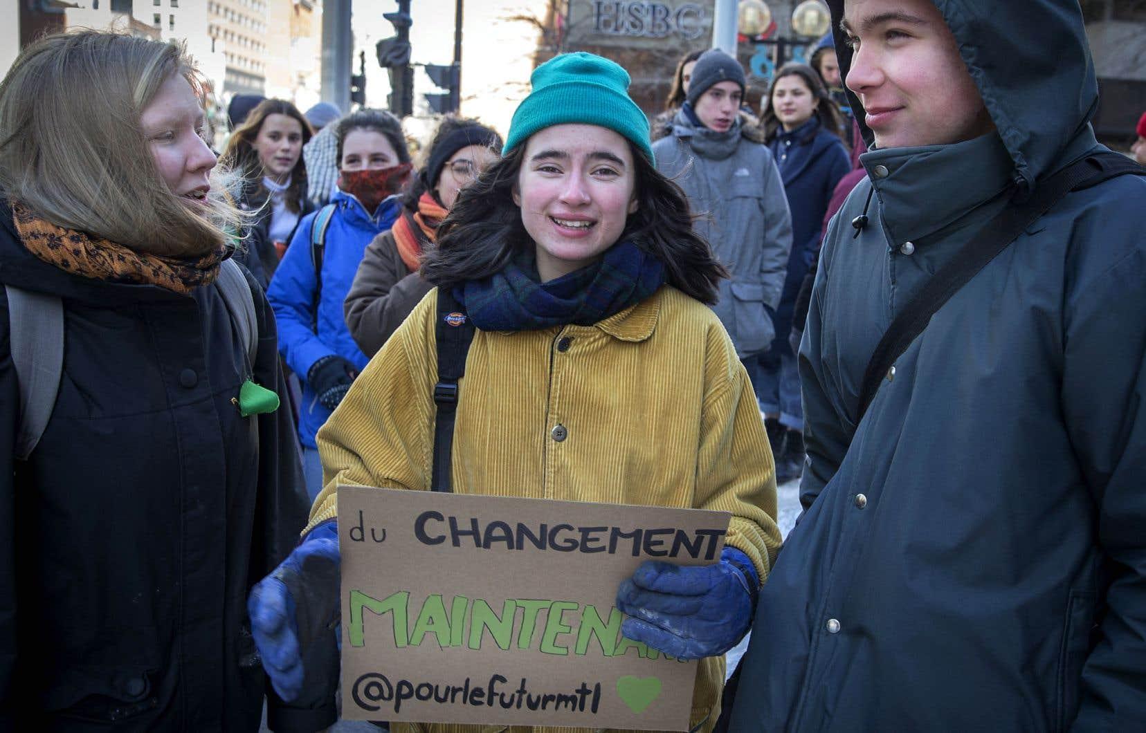 Maïa Spiek, Sara Montpetit et Albert Lalonde, porte-voix du mouvement «Pour le futur Mtl», iront à l'école de la rue aujourd'hui, emboîtant le pas à des dizaines de milliers d'autres.