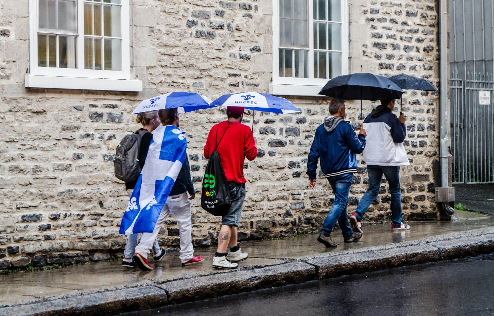 Selon un sondage «Léger Marketing/Huffington Post» en août 2018, 27% des Québécois de toutes origines se déclaraient favorables à la souveraineté du Québec, 46% étaient contre et 26%, indécis ou discrets.