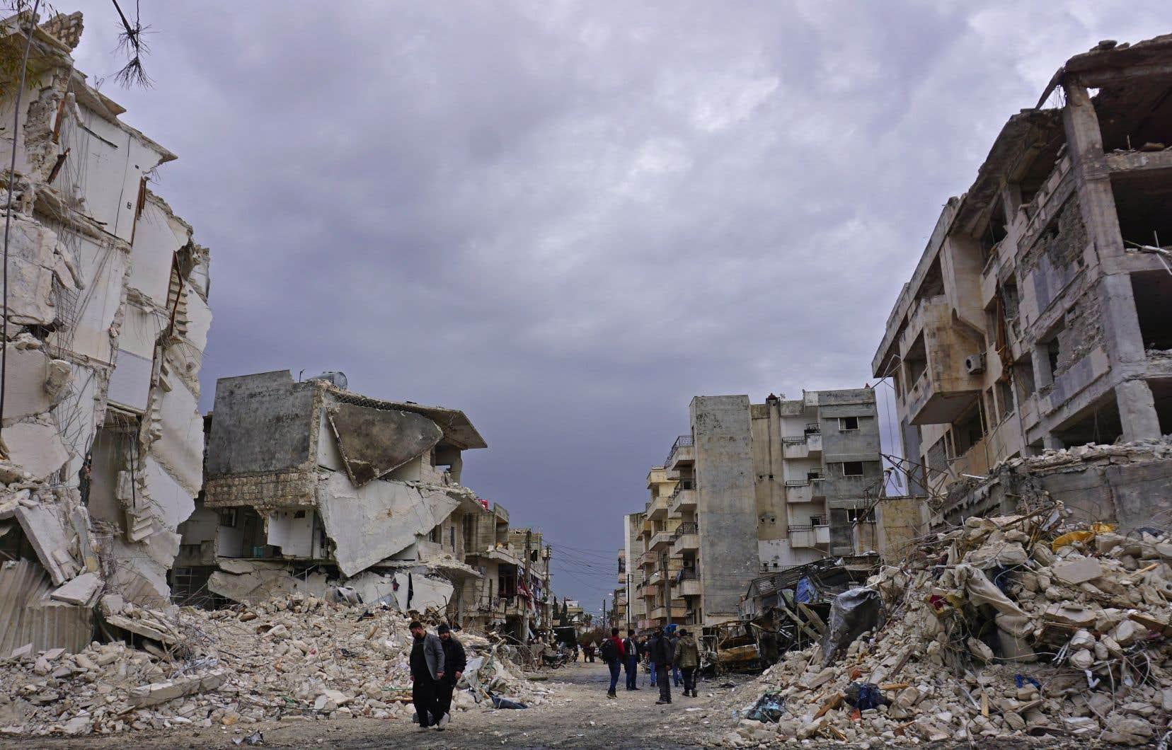 Après huit ans de guerre dévastatrice, la Syrie est un pays en ruines.