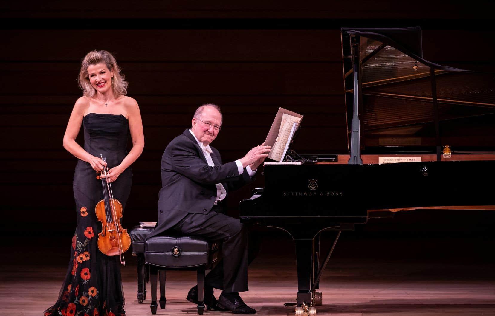 La violoniste Anne-Sophie Mutter, aux côtés du pianiste Lambert Orkis