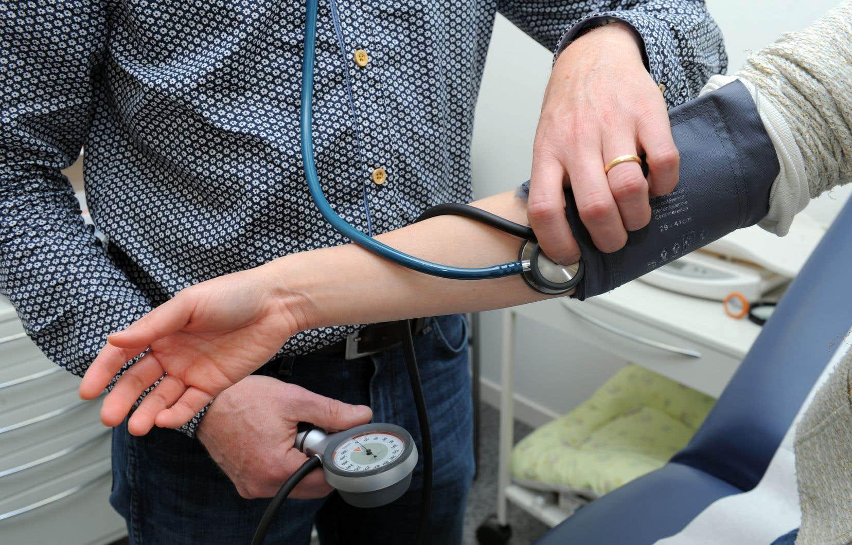 «Pour se conformer à la LCS et bénéficier des transferts fédéraux en santé, le Québec doit assurer un accès satisfaisant à une gamme de services diagnostiques et thérapeutiques médicalement nécessaires», rappelle l'auteur.