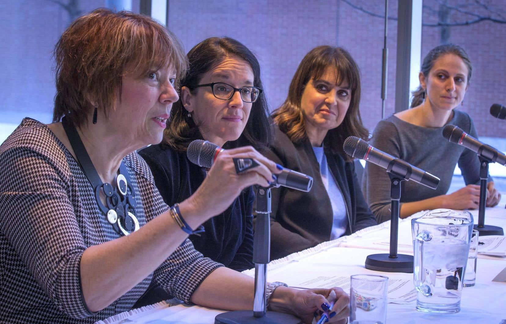 L'annonce a été faite lundi à Montréal par la députée libérale Hélène David, la ministre de la Justice, Sonia LeBel, la députée péquiste Véronique Hivon et la députée solidaire Christine Labrie.