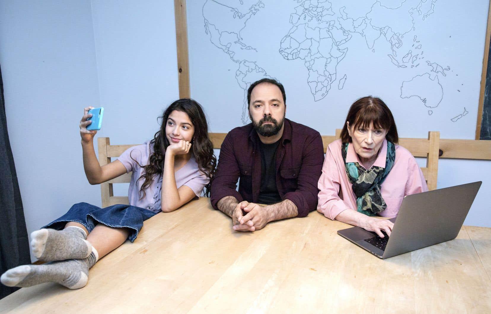 Mani Soleymanlou poursuit sa sympathique exploration des relations familiales à distance dans la suite de la websérie «Connexion en cours».