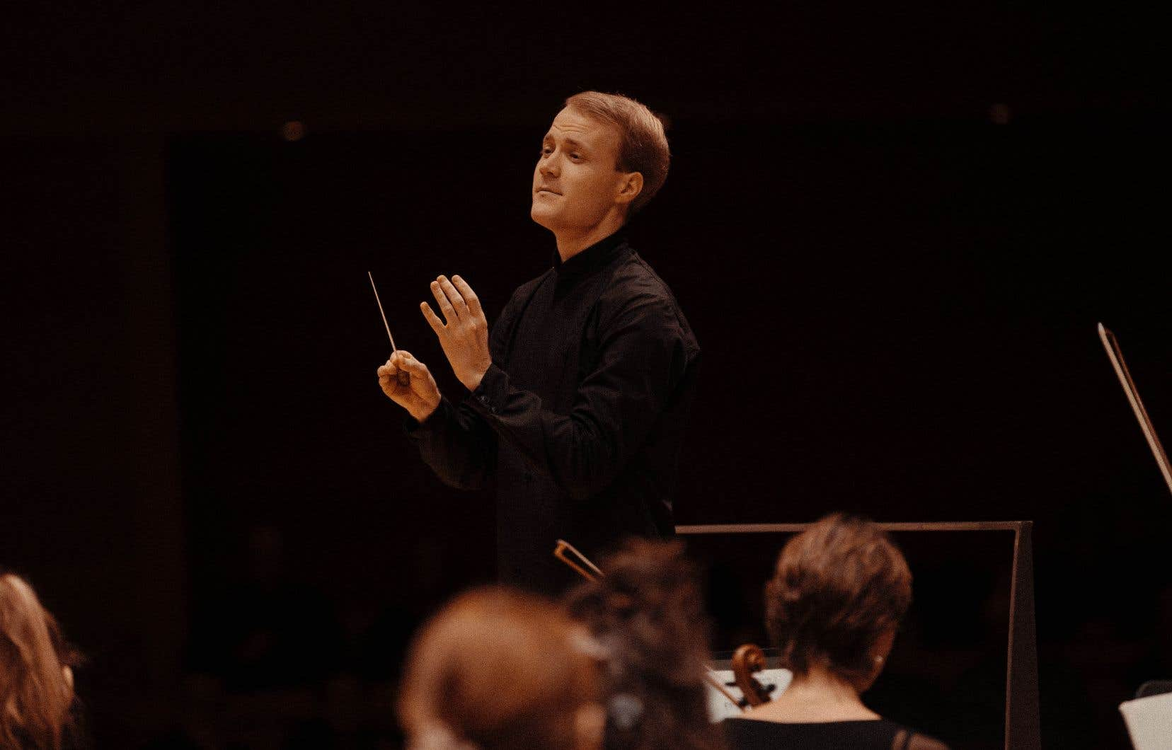 Le violoniste Christoph Koncz n'a pas besoin de prouver son ascendant de chef: il l'est naturellement et, en la matière, la sobriété est toujours le meilleur choix.