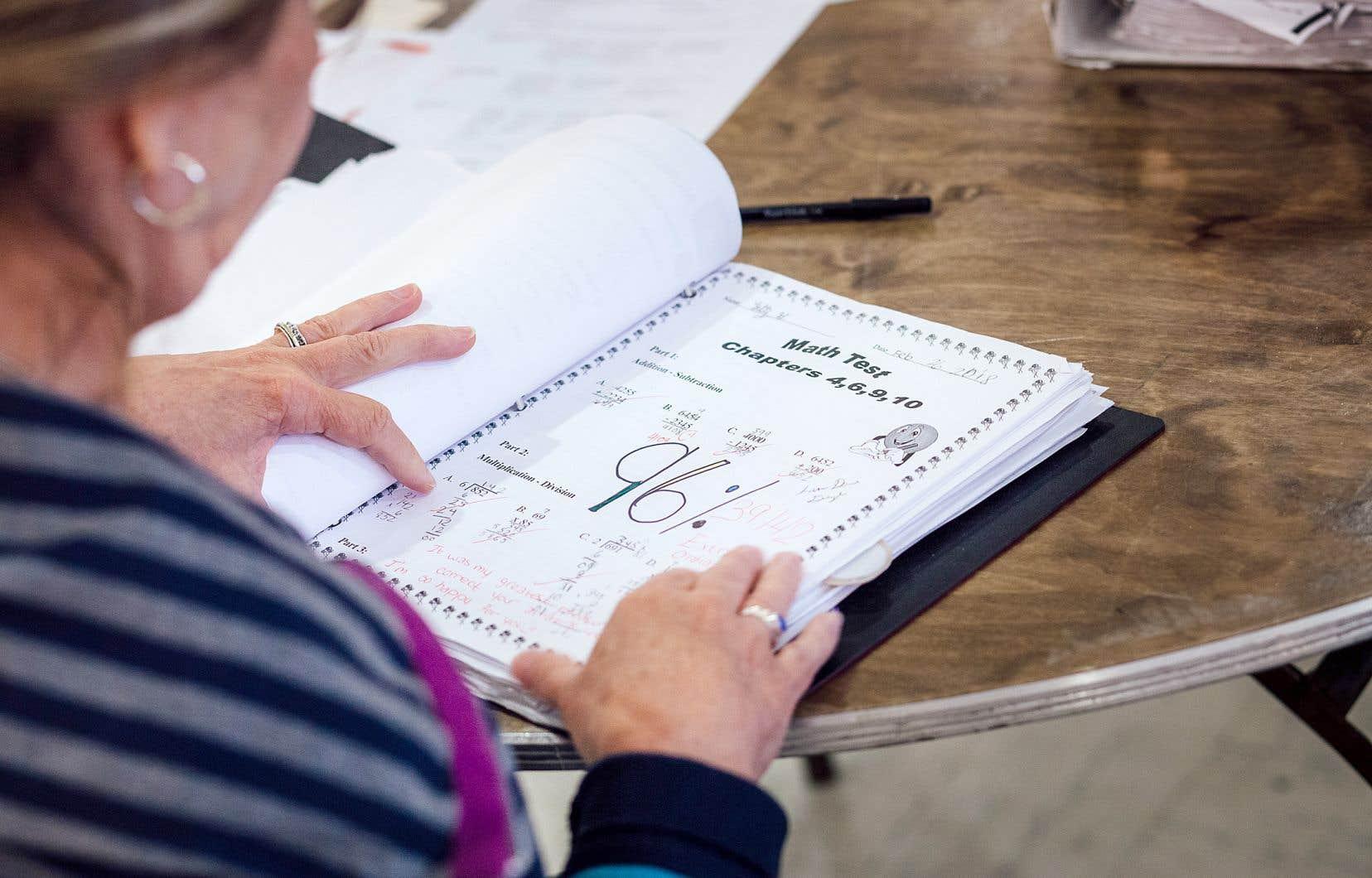 L'évaluation des compétences développées par les enfants scolarisés à la maison semble rencontrer des problèmes.