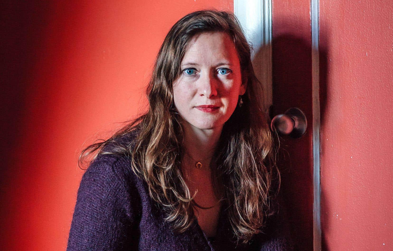 On passe par l'autre pour se comprendre soi-même, explique l'auteure Emmanuelle Favier.