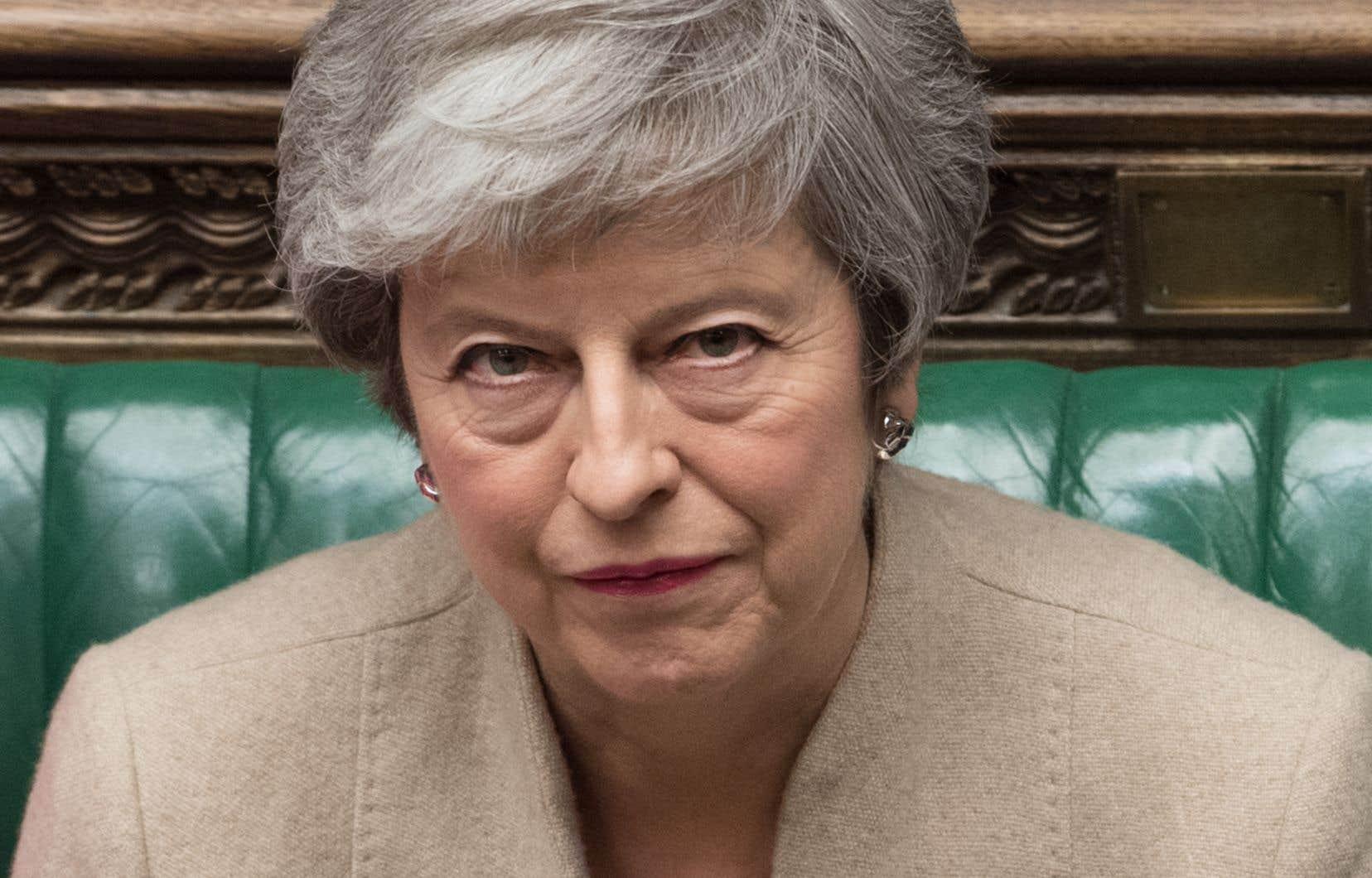 Theresa May a assuré qu'elle continuerait à «plaider en faveur d'un Brexit ordonné», mais reconnu aussi que les députés devraient se mettre d'accord sur une «autre voie».
