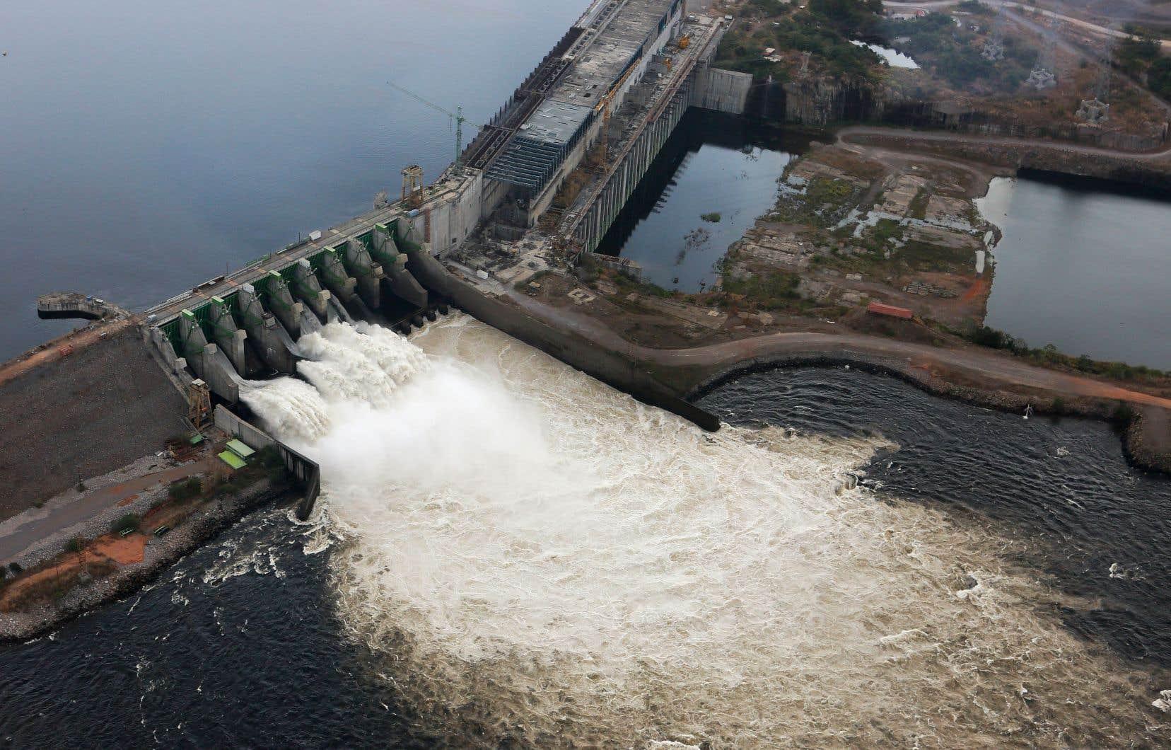 La centrale hydroélectrique de Guri, dans le sud du pays, alimente 80% du pays.