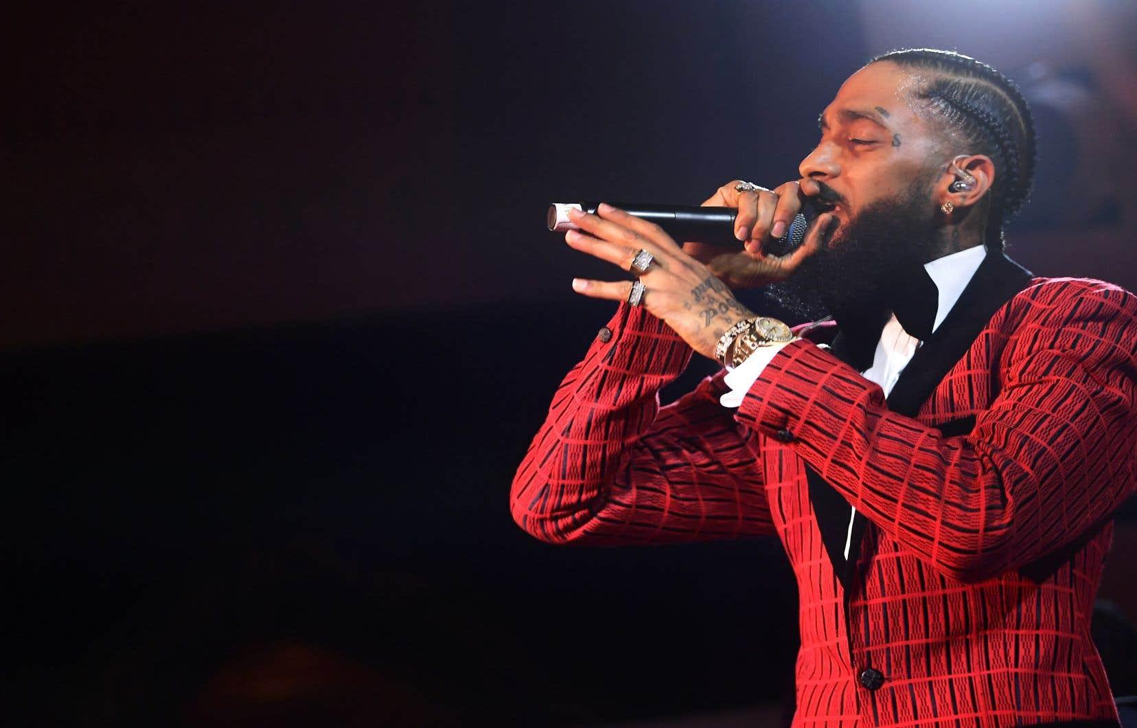 De nombreuses stars ont rendu hommage au rappeur Nipsey Husslequi, à défaut de succès commercial, avait l'estime du monde du hip-hop.