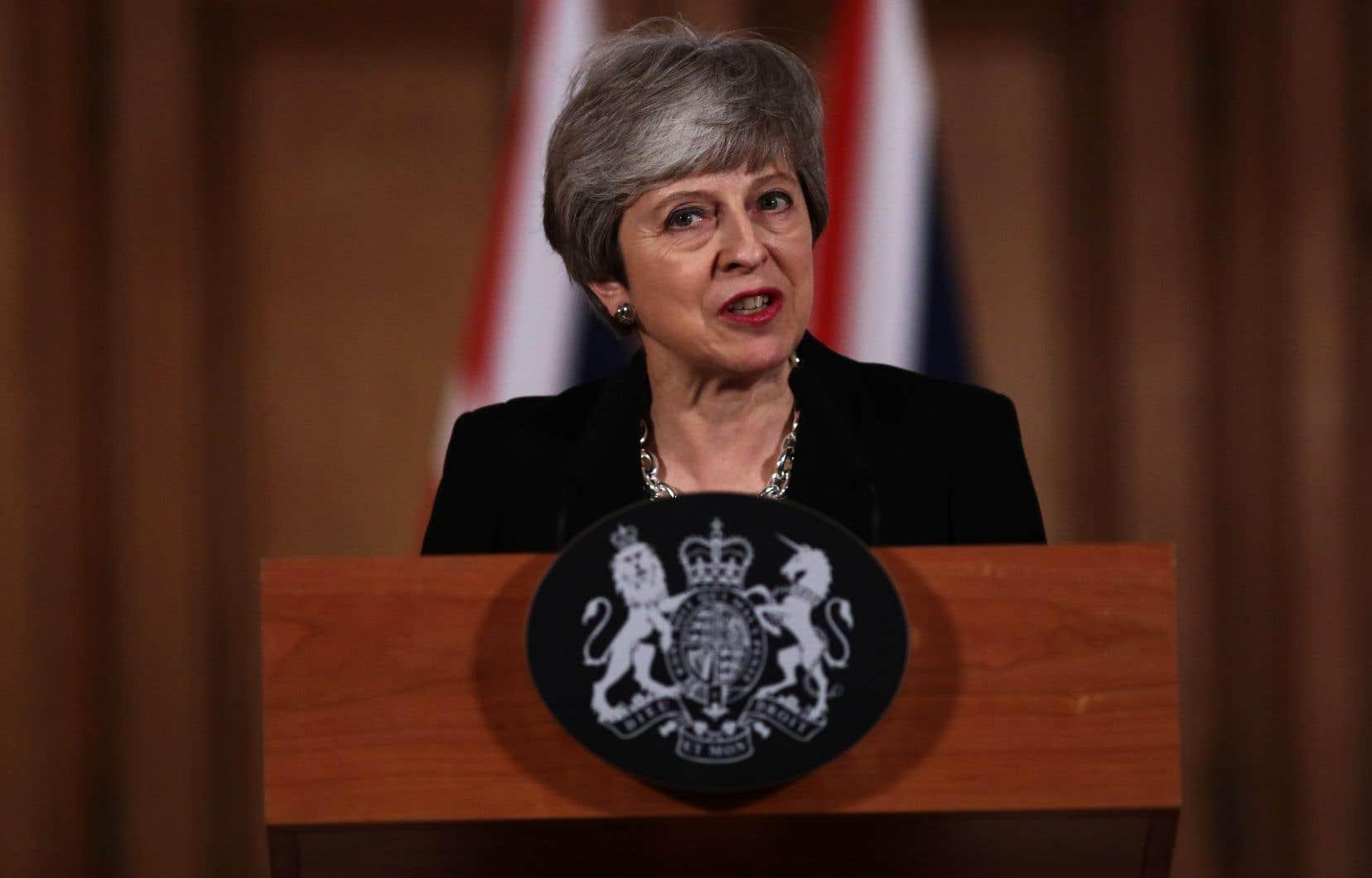 La première ministre britannique Theresa May a livré une courte allocution au 10 Downing Street à l'issue d'un conseil des ministres marathon de sept heures.