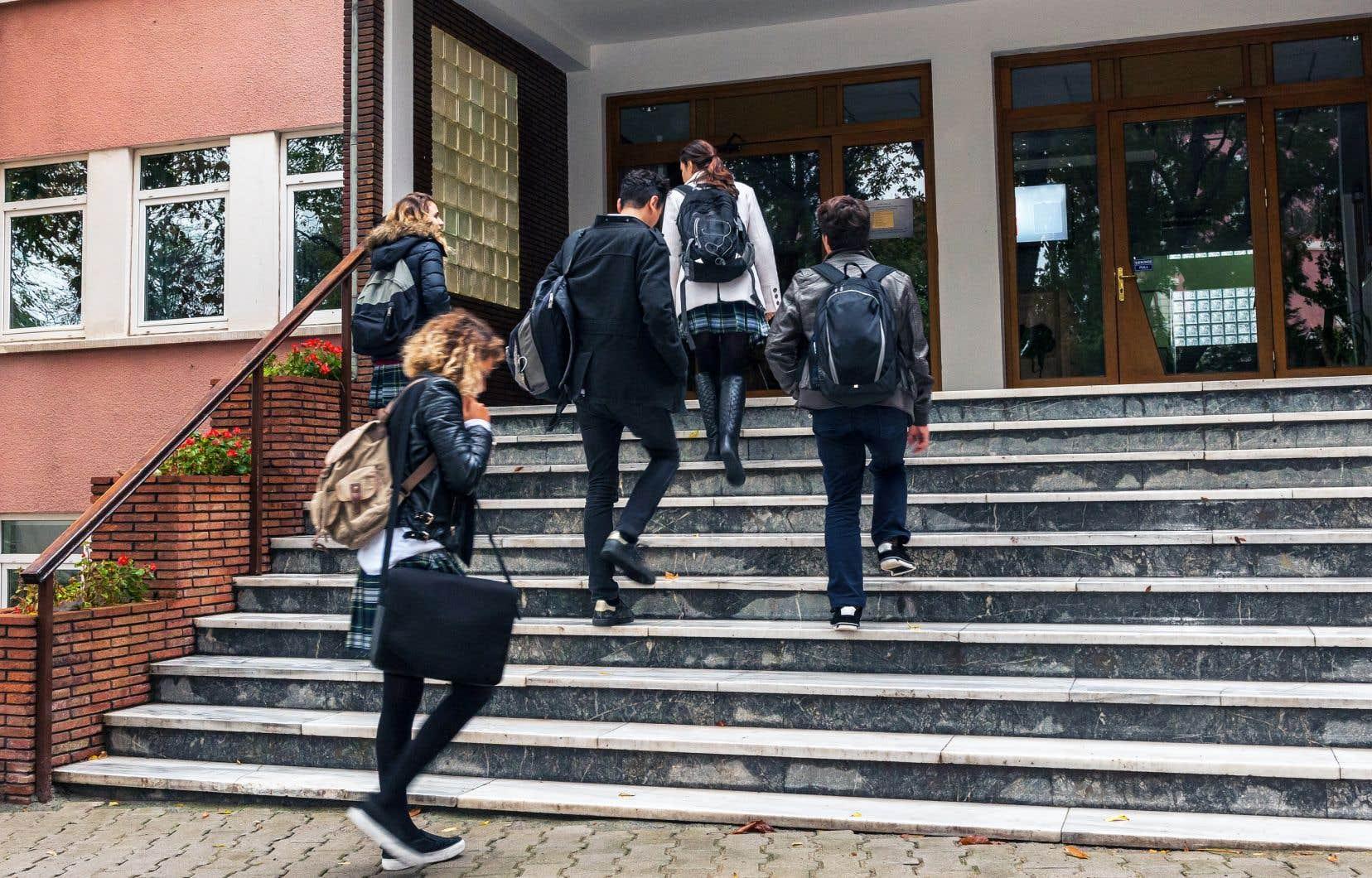«Résumons: plus de diversité sociale conduit à plus d'équité, laquelle augmente les résultats scolaires d'ensemble», analyse l'auteur.