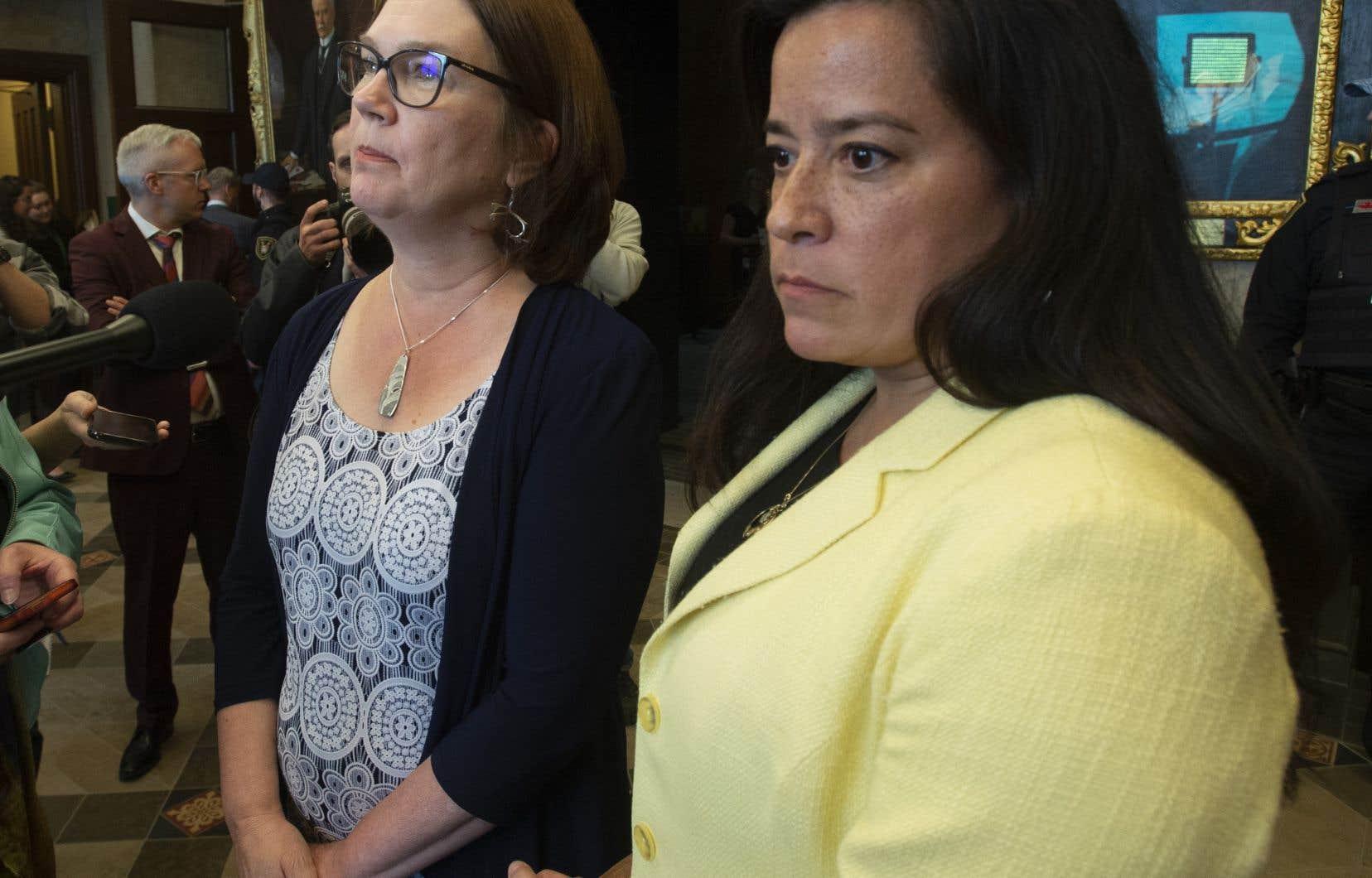 MmesWilson-Raybould et Philpott, côte à côte devant les microphones de la colline du Parlement, ont exprimé mercredi leur déception — qui était déjà gravée sur leur visage.