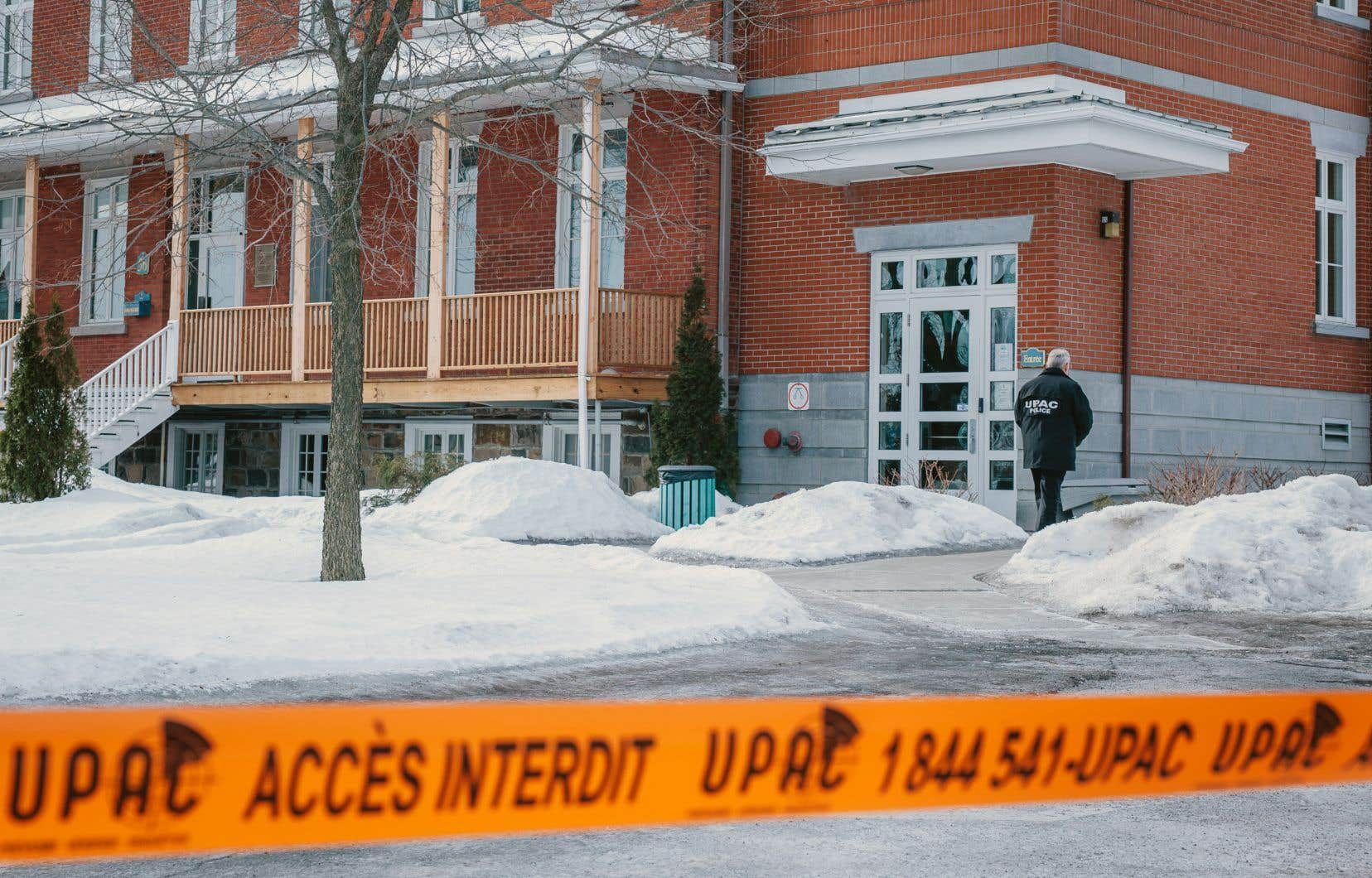 Perquisition de l'Unité permanente anticorruption (UPAC) à l'hôtel de ville de Chambly