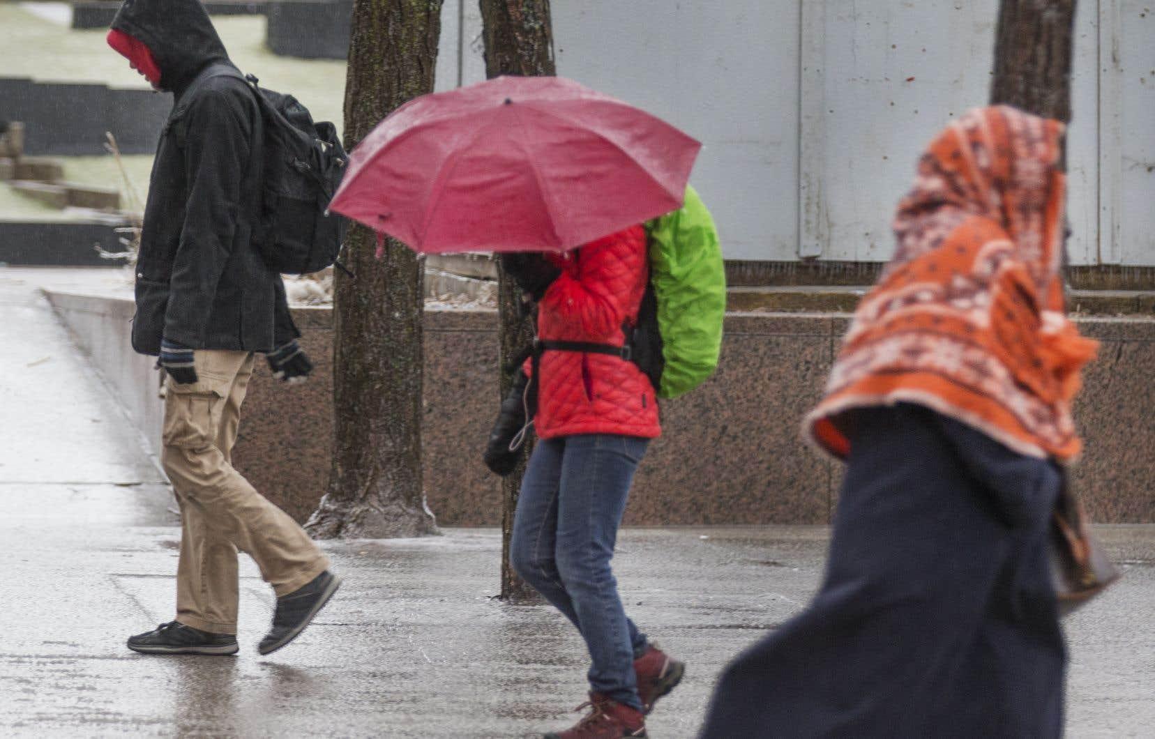 Les quantités les plus importantes de pluie verglaçante étaient prévues en Outaouais et sur les régions situées au nord du fleuve Saint-Laurent.