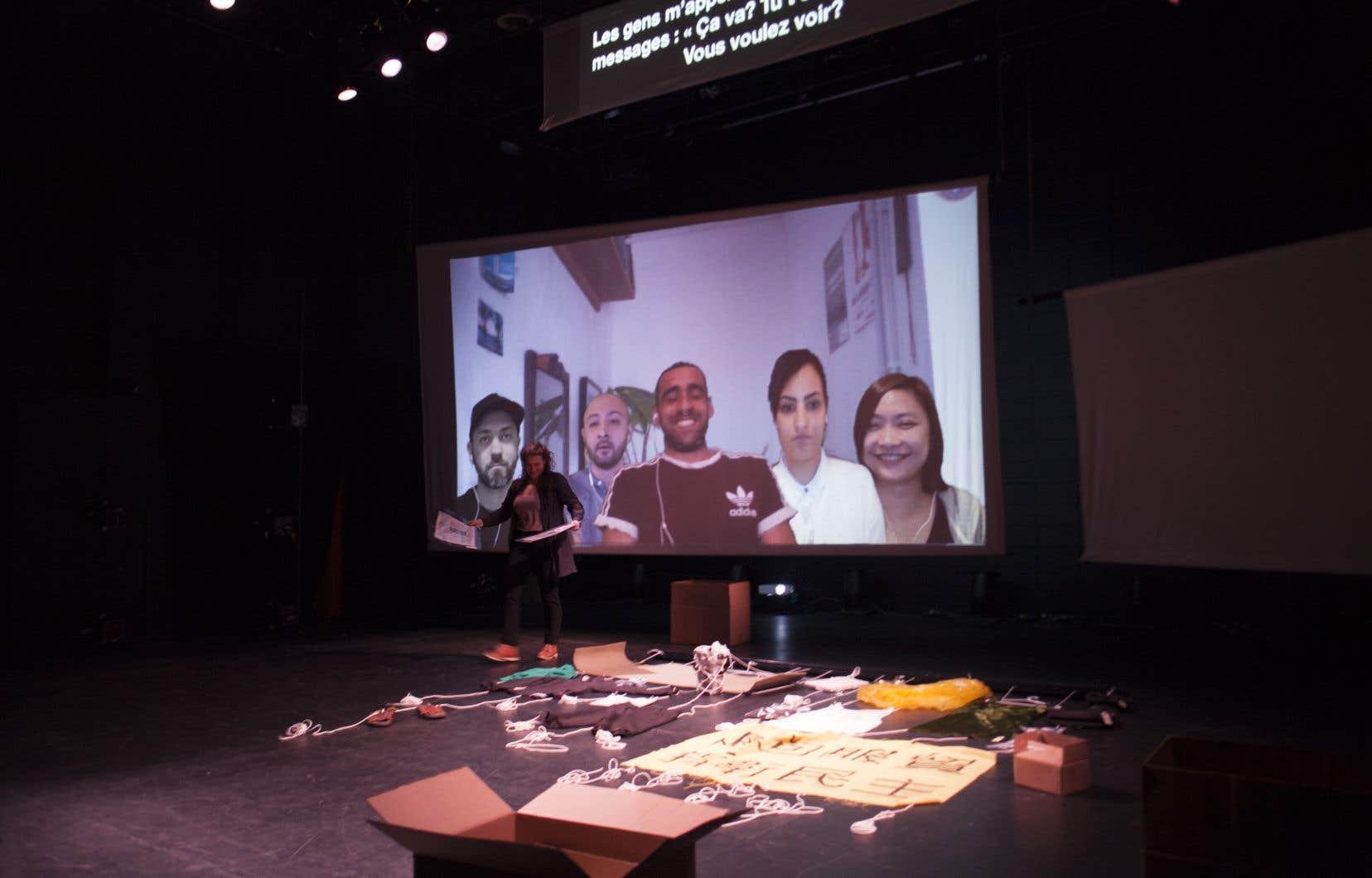 «Intersections» examine les points communs entre les expériences de cinq artistes, réunis par la magie de la technologie.