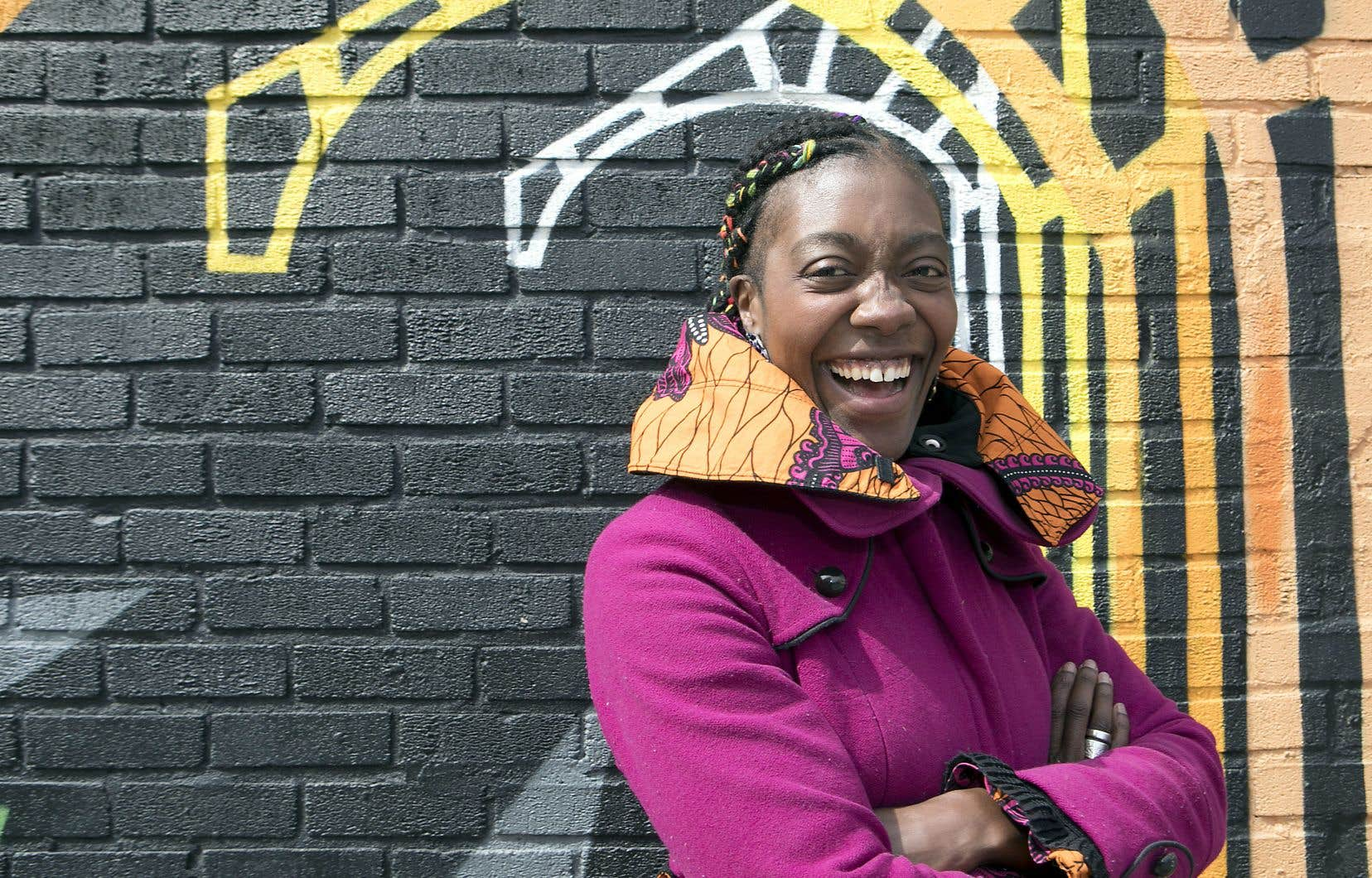 Cherchant à contrer les regards misérabilistes souvent posés sur les communautés noires, Rhodnie Désir souhaitait braquer les projecteurs sur les créations et initiatives de personnes aux propos artistiques cohérents avec leur parole publique engagée.
