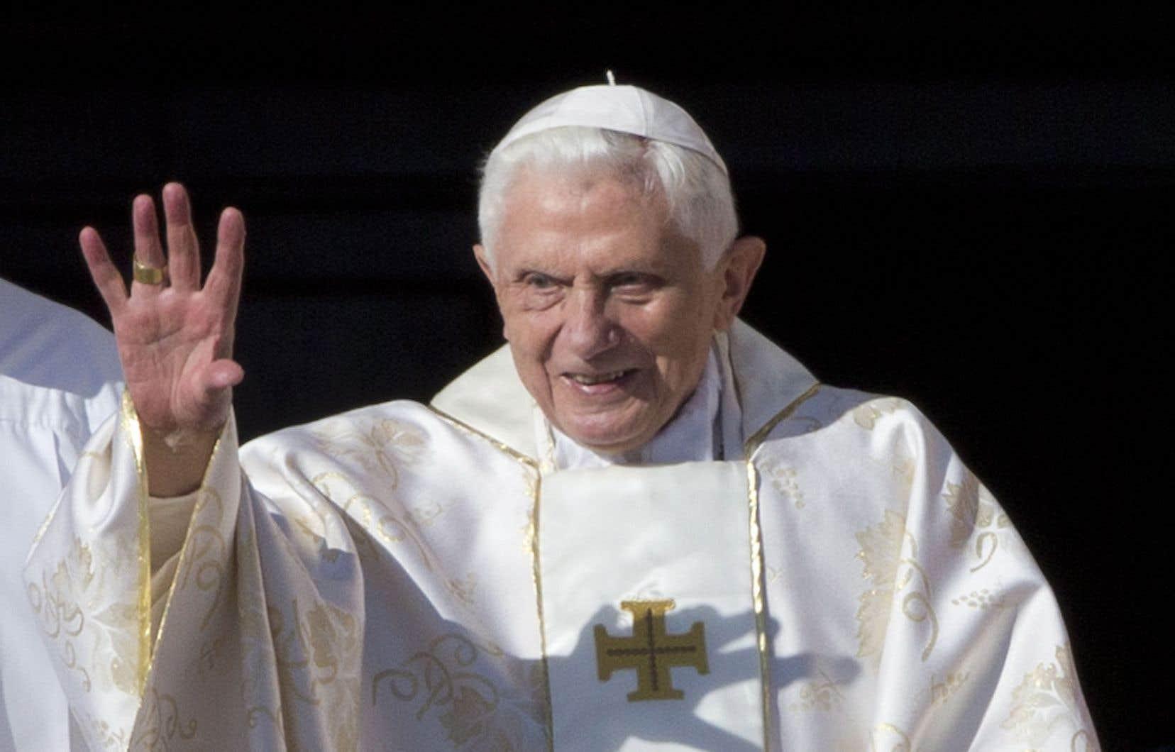 L'ancien pape Benoît XVI dresse un constat assez amer de la société occidentale.