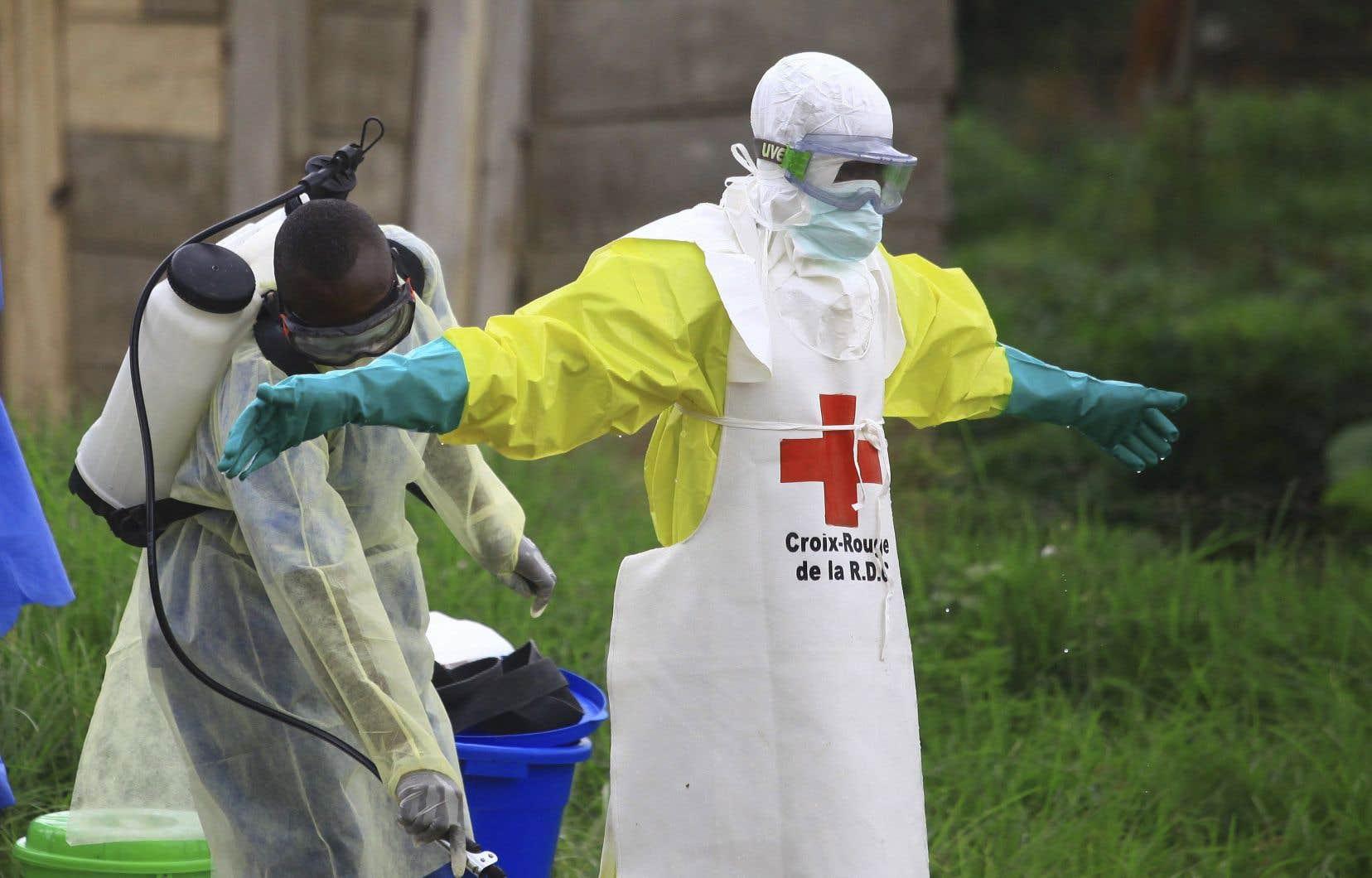 La plus récente éclosion de l'Ebola est la deuxième plus meurtrière de l'histoire | Le Devoir