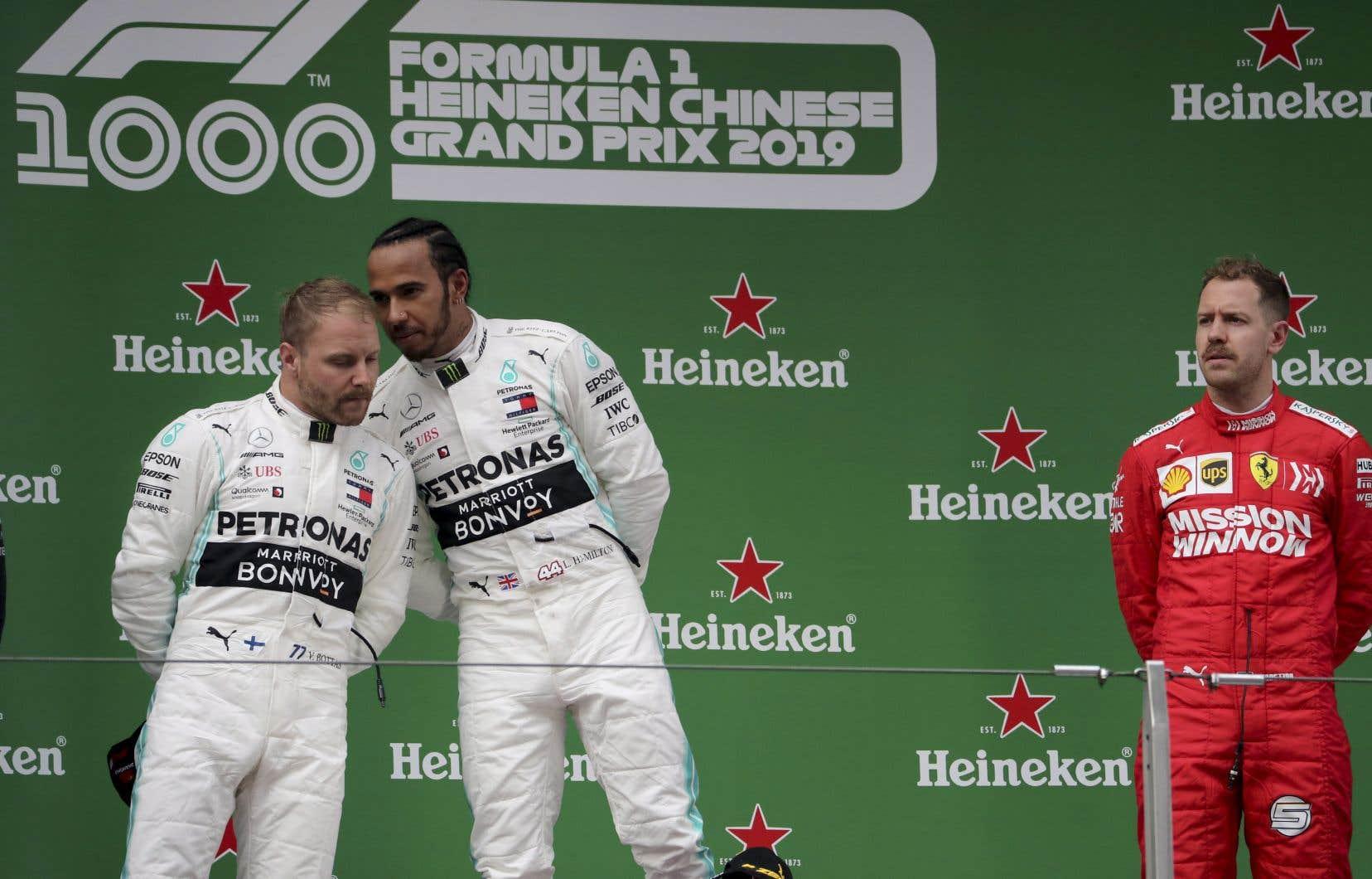 Il s'agissait du 1000eGrand Prix de l'histoire de la F1, et Hamilton en a profité pour signer sa 75evictoire.