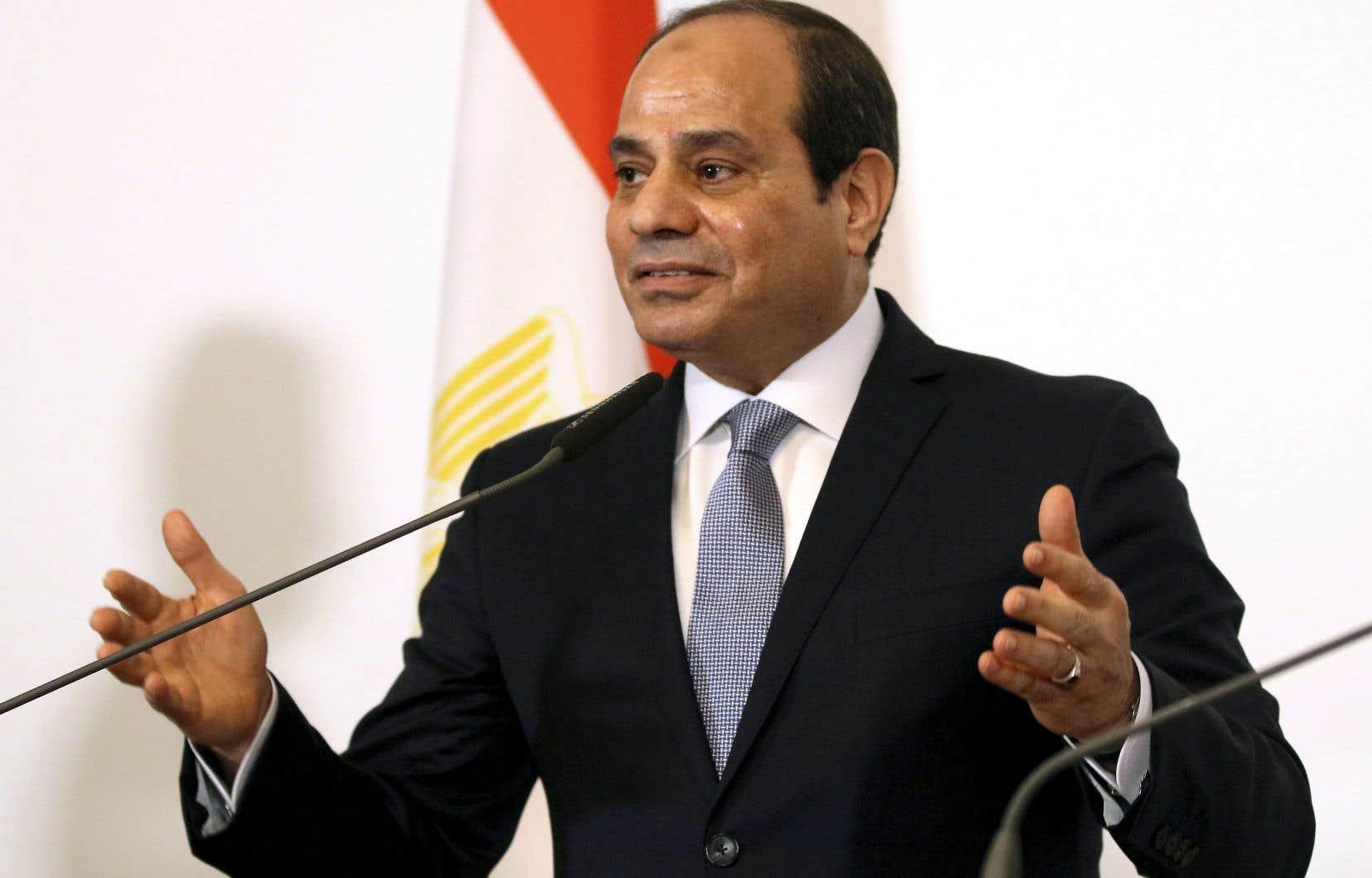 La réélection du président Abdel Fattah al-Sissi,en 2018, a eu lieu dans le cadre d'un scrutin marqué par la présence d'un seul rival, relégué au rang de faire-valoir, et par une série d'arrestations d'opposants.