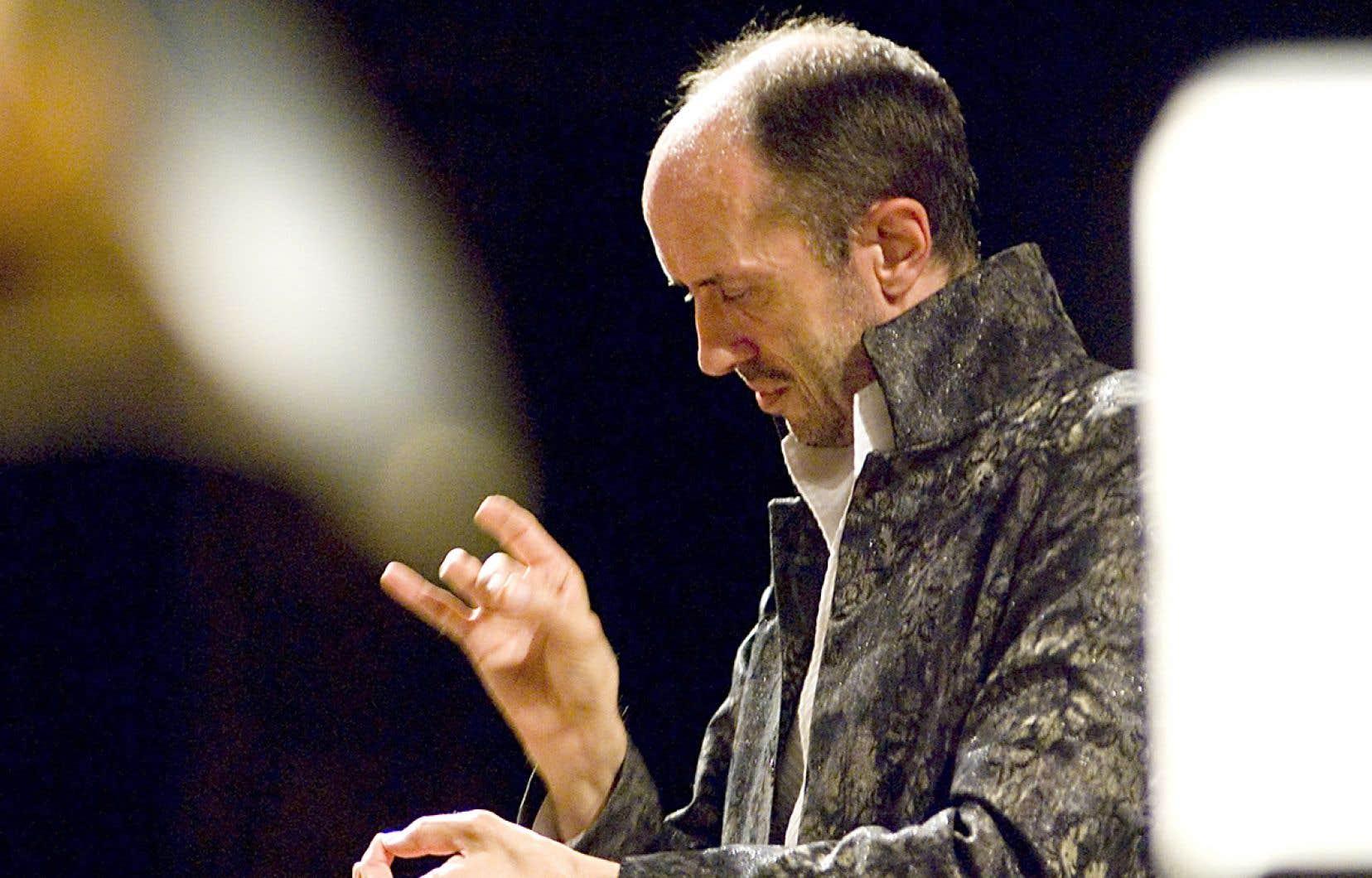 Hervé Niquet empoigne la musique comme peu de chefs.