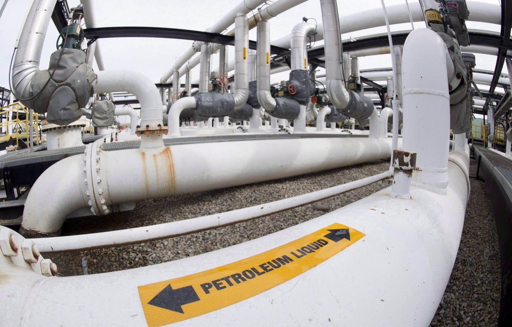 Selon des informations publiées par l'ONE, la pétrolière albertaine Enbridge a déjà obtenu huit des treize «autorisations» nécessaires pour la mise en service de son nouveau pipeline, nommé «Ligne 3».