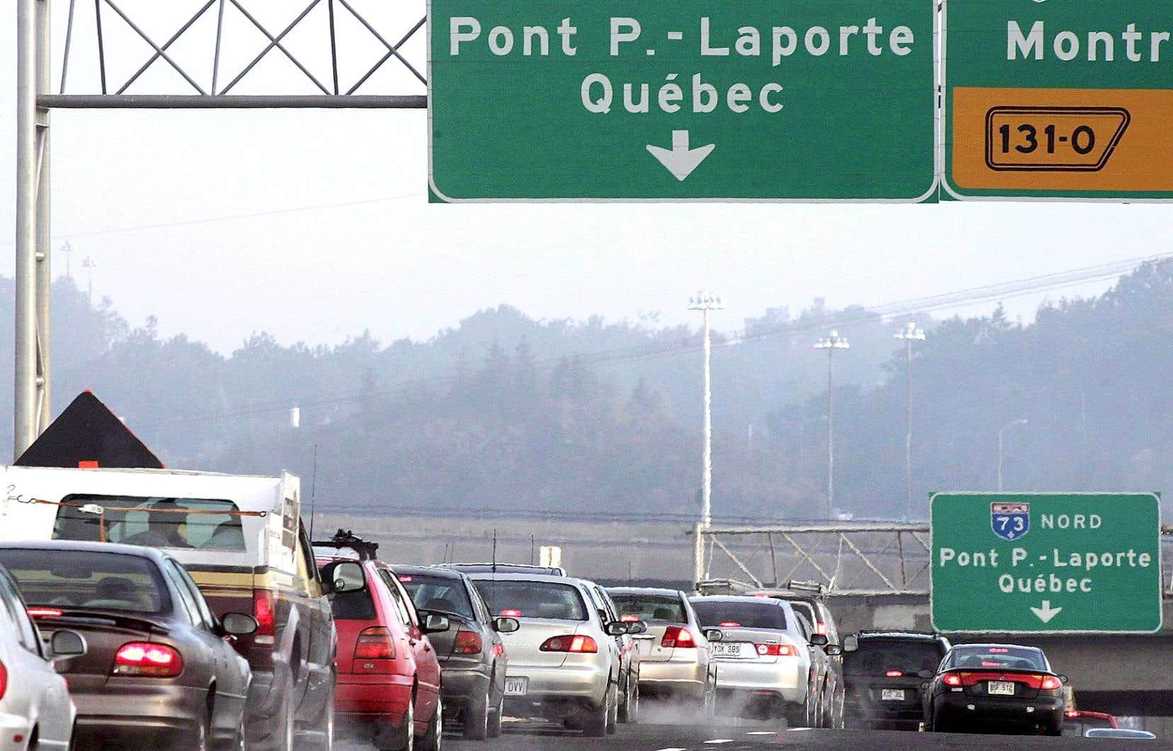 Le troisième lien, dont le coût est estimé à plusieurs milliards, doit relier Québec à l'est de sa Rive-Sud. La CAQ a promis, pendant la campagne, qu'elle lancerait sa construction au cours d'un premier mandat.
