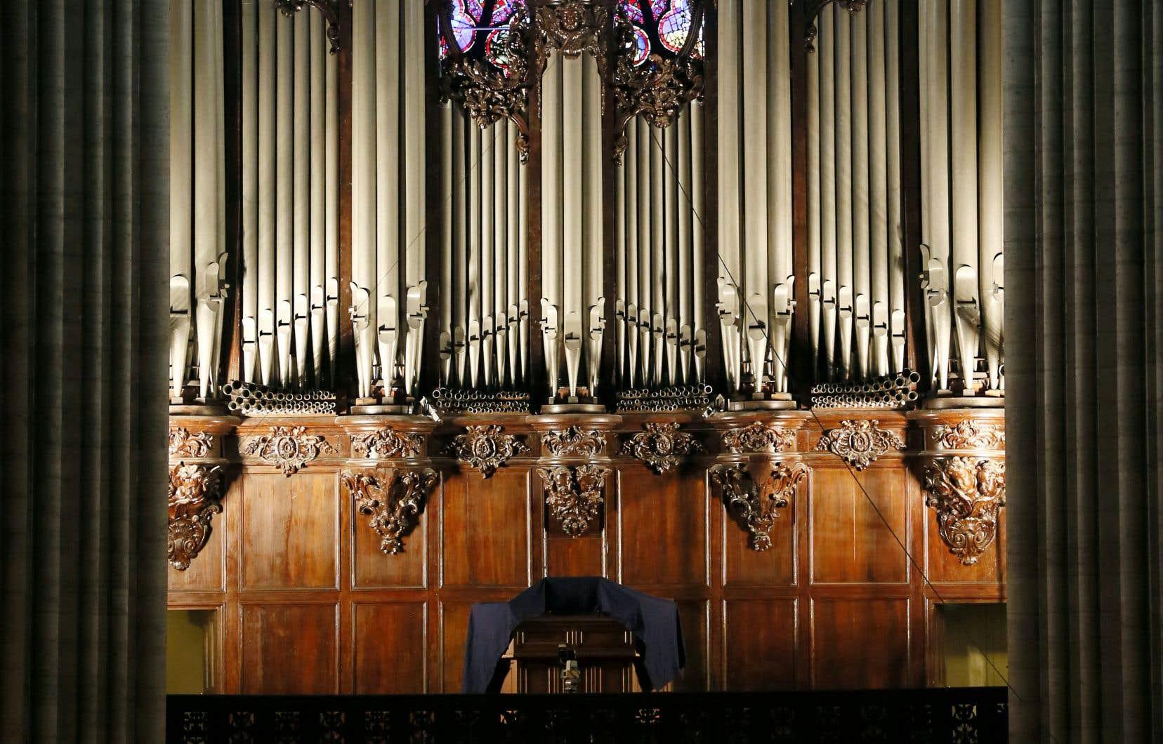 L'histoire du plus grand orgue de France a toujours épousé celle de l'édifice qui l'abrite. Pour le meilleur et pour le pire.