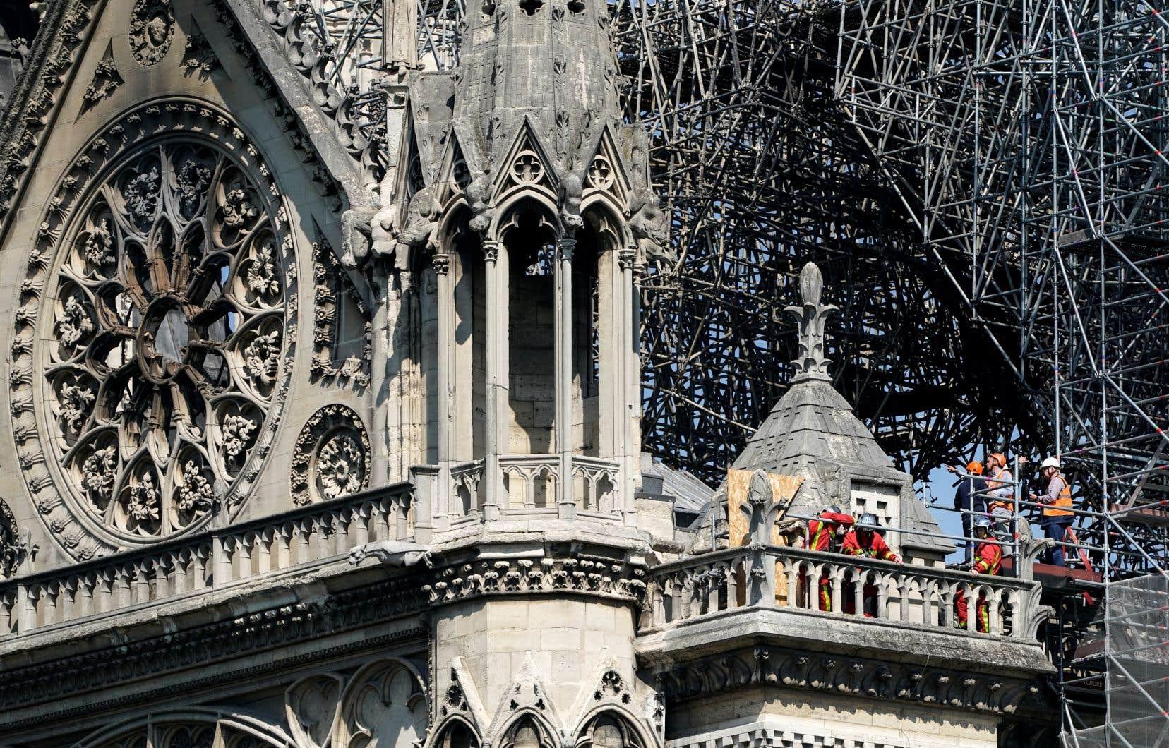 La cathédrale Notre-Dame, un bijou d'architecture gothique vieux de 850ans, a été la proie des flammes lundi soir (heure de Paris).<br /> <br />