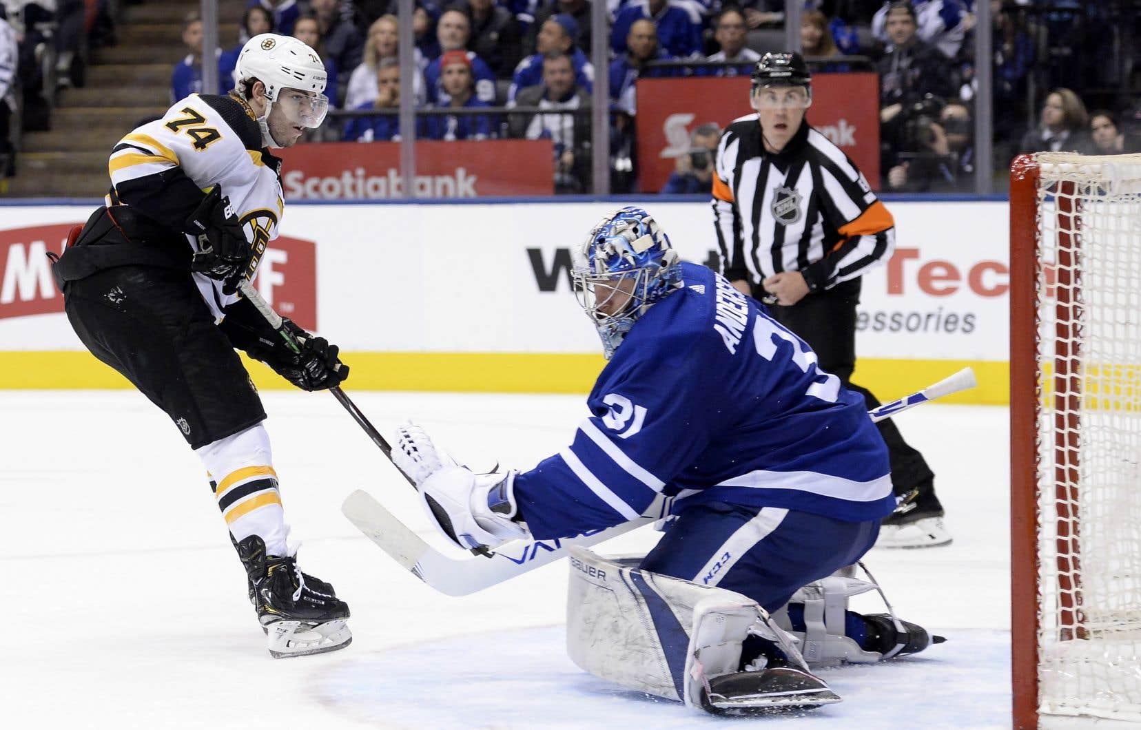 Les Bruins de Boston et les Maple Leafs de Toronto croiseront le fer pour une dernière fois dans cette série mardi soir, au TD Garden de Boston.